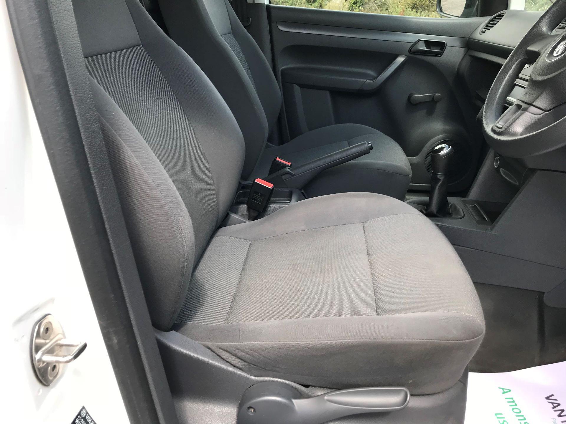 2016 Volkswagen Caddy  1.6 75PS STARTLINE EURO 5 (GK65WVE) Image 21