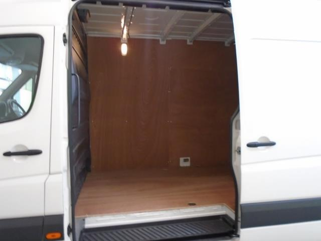 2016 Volkswagen Crafter  CR35 LWB 2.0 TDI 136PS HIGH ROOF EURO 5 (GK66HVF) Thumbnail 7