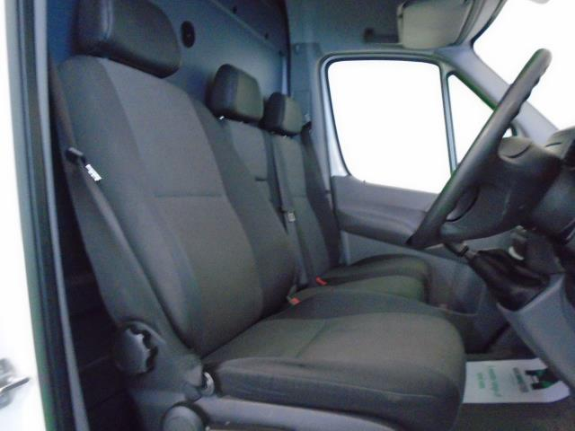 2016 Volkswagen Crafter  CR35 LWB 2.0 TDI 136PS HIGH ROOF EURO 5 (GK66HVF) Thumbnail 4