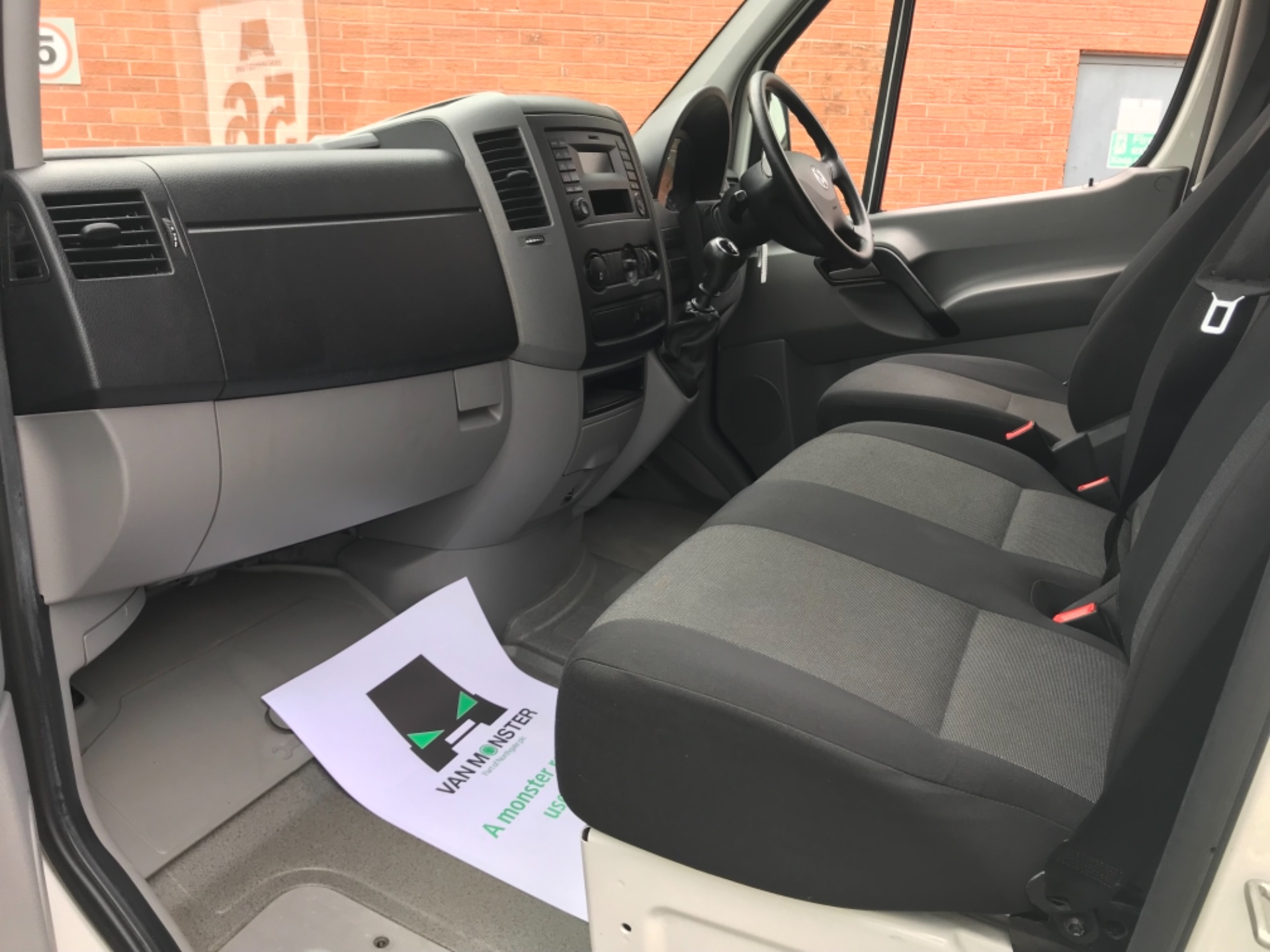 2016 Volkswagen Crafter  CR35 LWB 2.0 TDI 136PS HIGH ROOF EURO 5 (GK66HTU) Image 11
