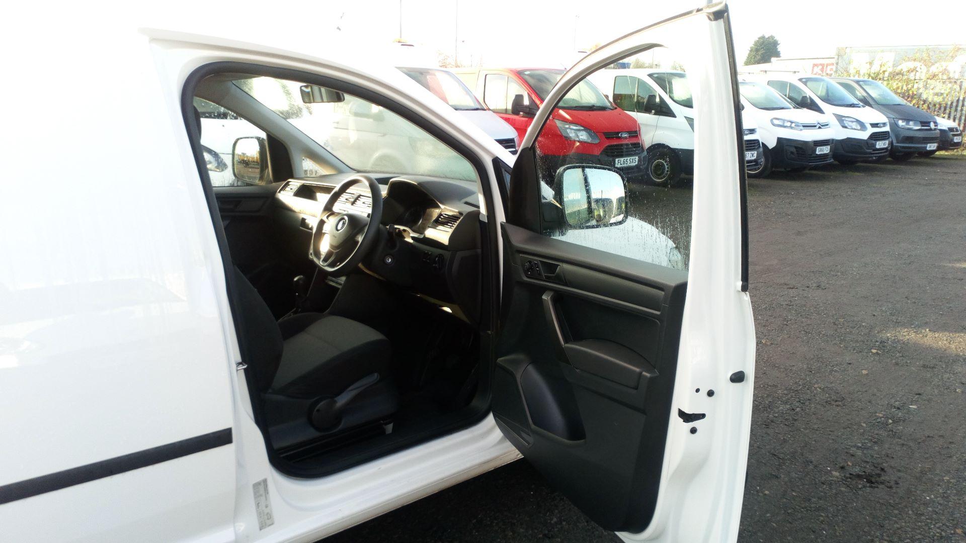 2016 Volkswagen Caddy 2.0 Tdi Bluemotion Tech 102Ps Startline Van (GK66MVN) Image 11
