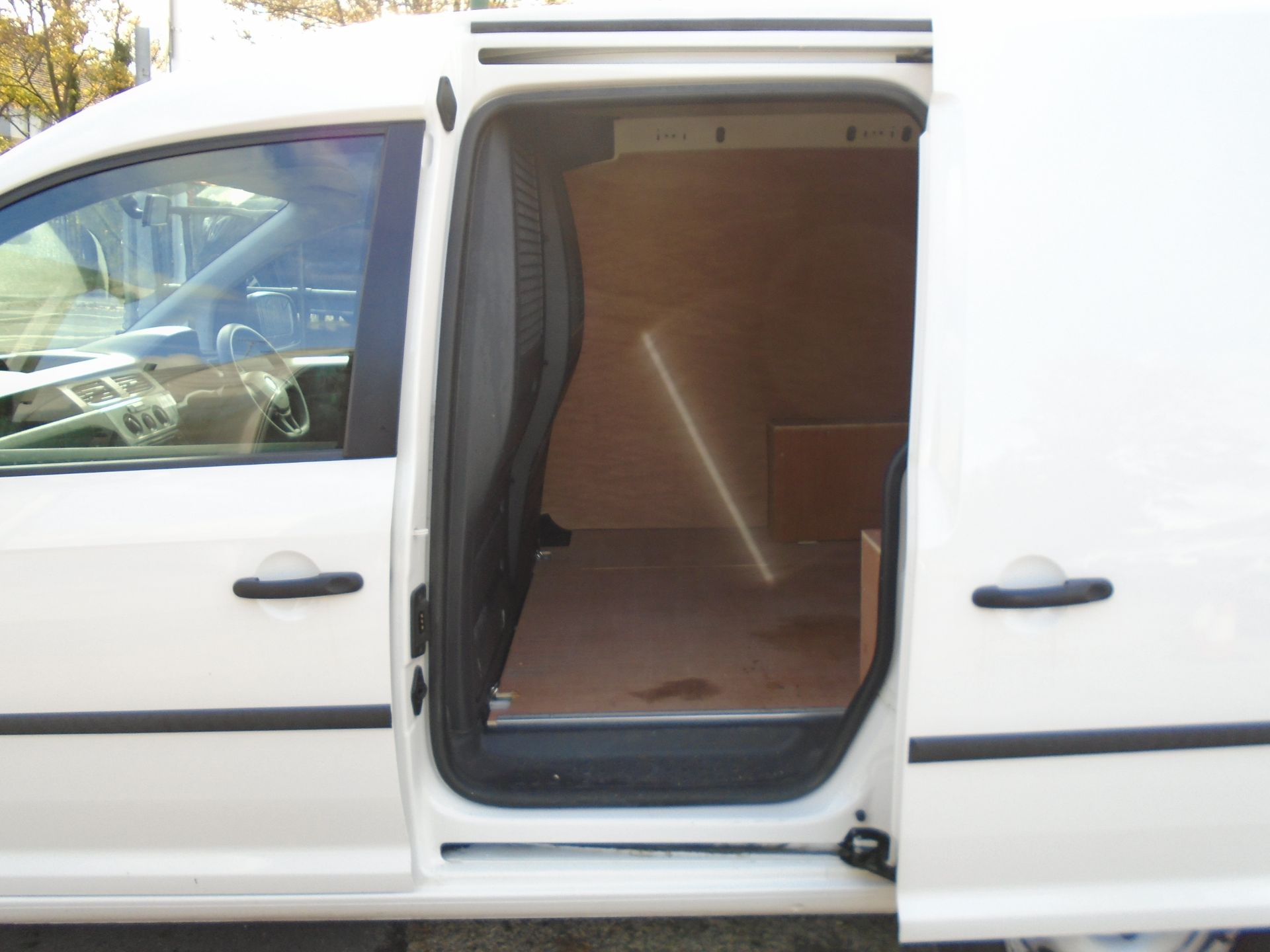 2016 Volkswagen Caddy 2.0 Tdi Bluemotion Tech 102Ps Startline Van (GK66XFR) Image 13