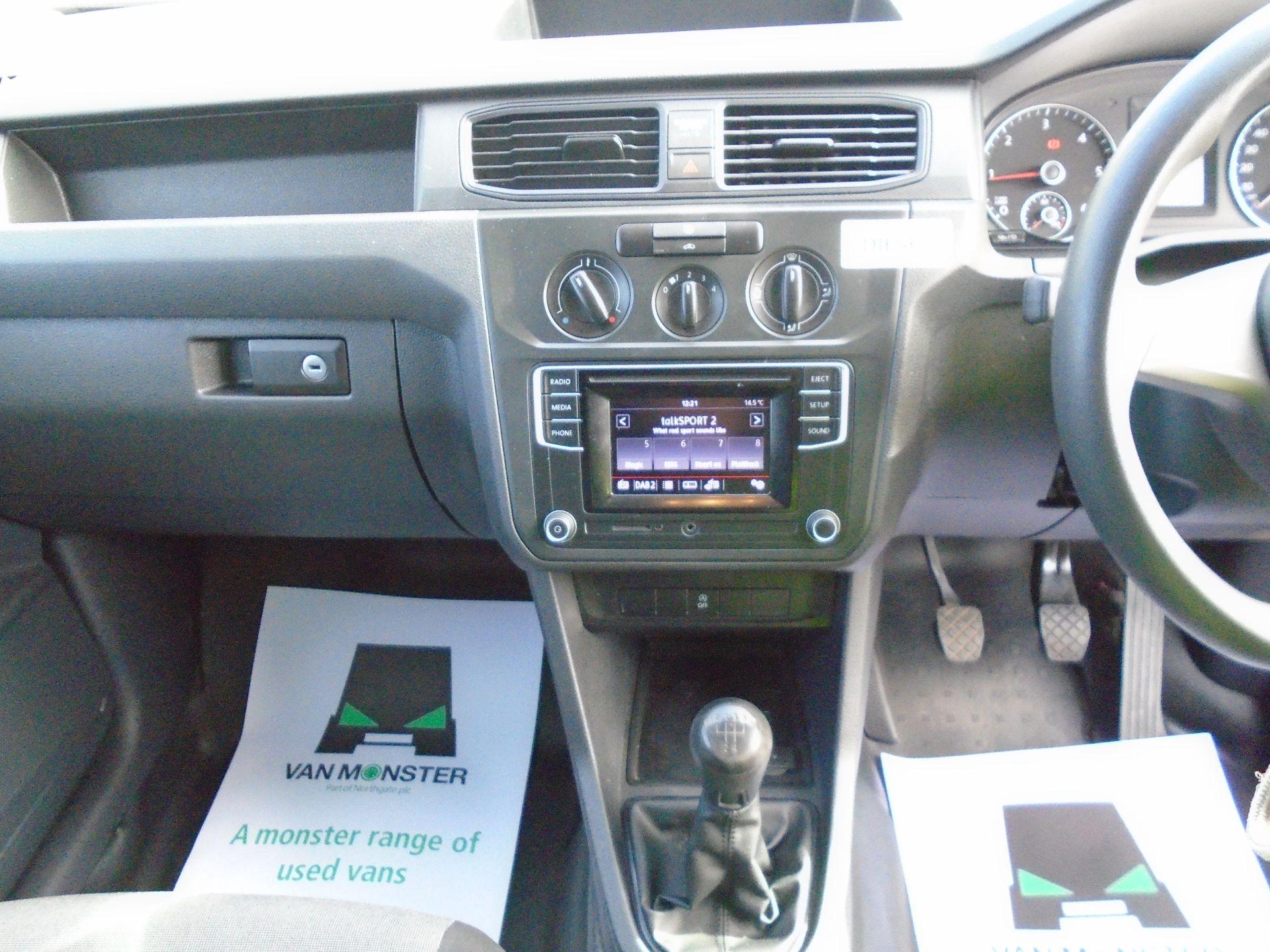 2016 Volkswagen Caddy 2.0 Tdi Bluemotion Tech 102Ps Startline Van (GK66XFR) Image 19