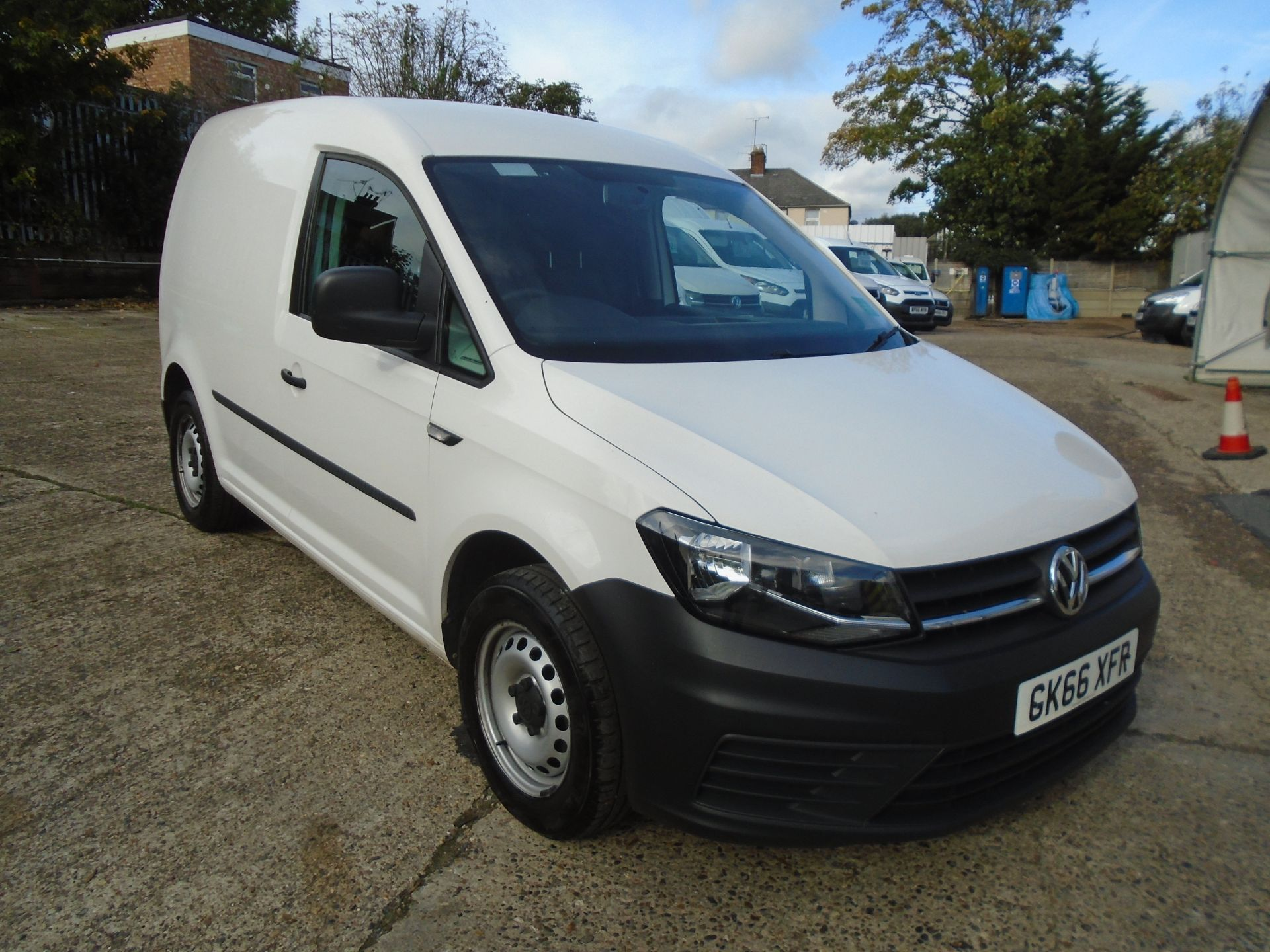 2016 Volkswagen Caddy 2.0 Tdi Bluemotion Tech 102Ps Startline Van (GK66XFR)