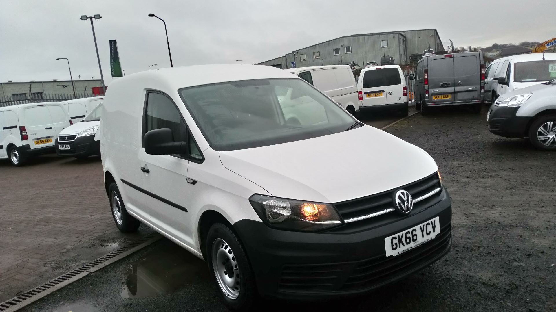 2016 Volkswagen Caddy 2.0 Tdi Bluemotion Tech 102Ps Startline Van (GK66YCV)