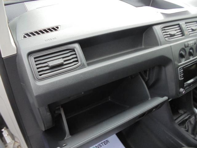 2016 Volkswagen Caddy  2.0 102PS BLUEMOTION TECH 102 STARTLINE EURO 6 (GK66YCW) Image 16
