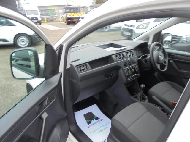 2016 Volkswagen Caddy  2.0 102PS BLUEMOTION TECH 102 STARTLINE EURO 6 (GK66YCW) Image 13