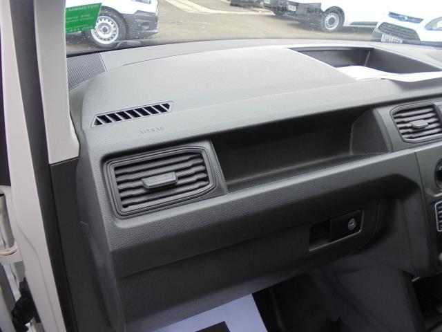 2016 Volkswagen Caddy  2.0 102PS BLUEMOTION TECH 102 STARTLINE EURO 6 (GK66YCW) Image 15