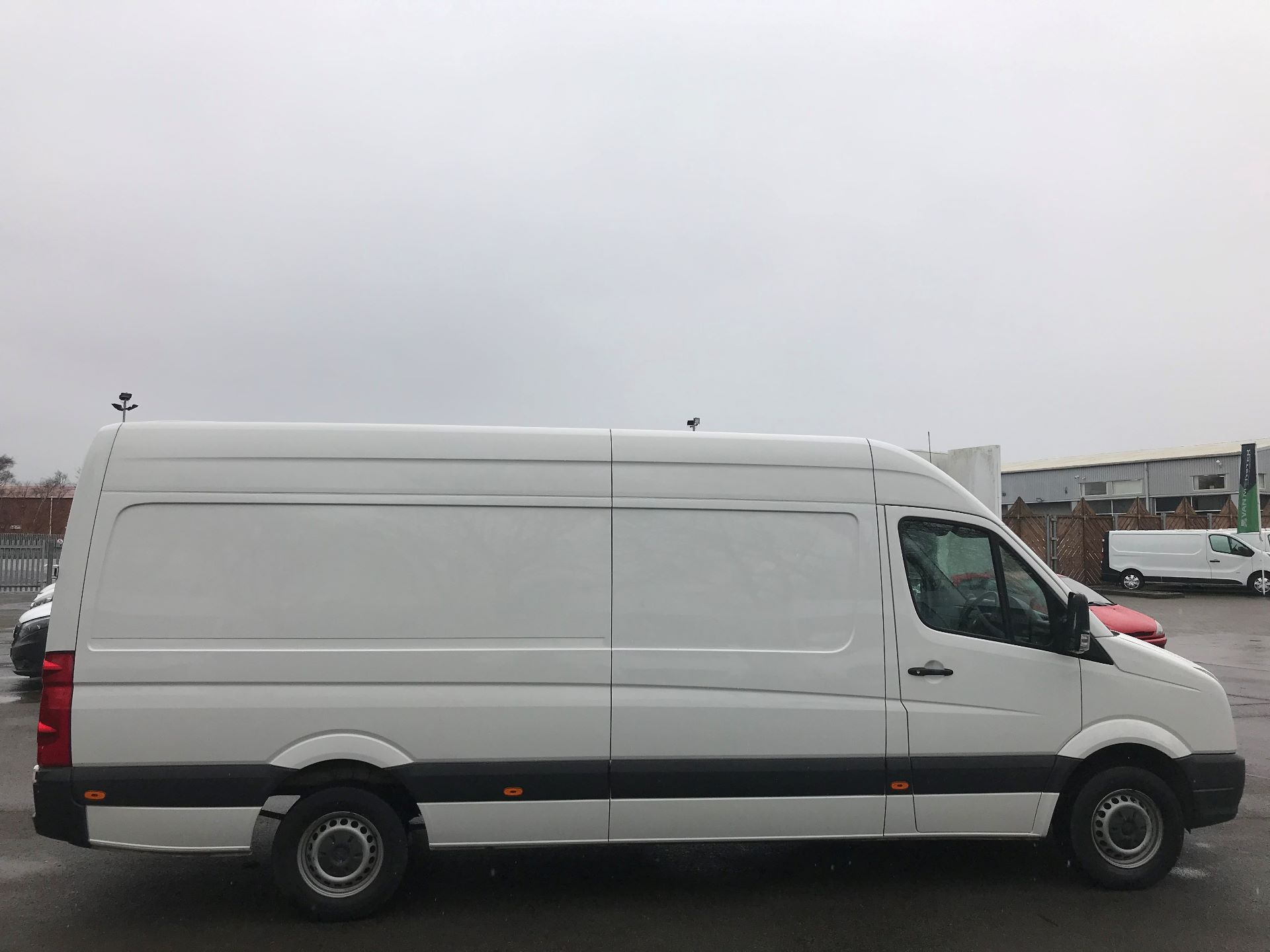 2016 Volkswagen Crafter  CR35 LWB 2.0 TDI 136PS HIGH ROOF EURO 5 (GK66YDP) Image 10