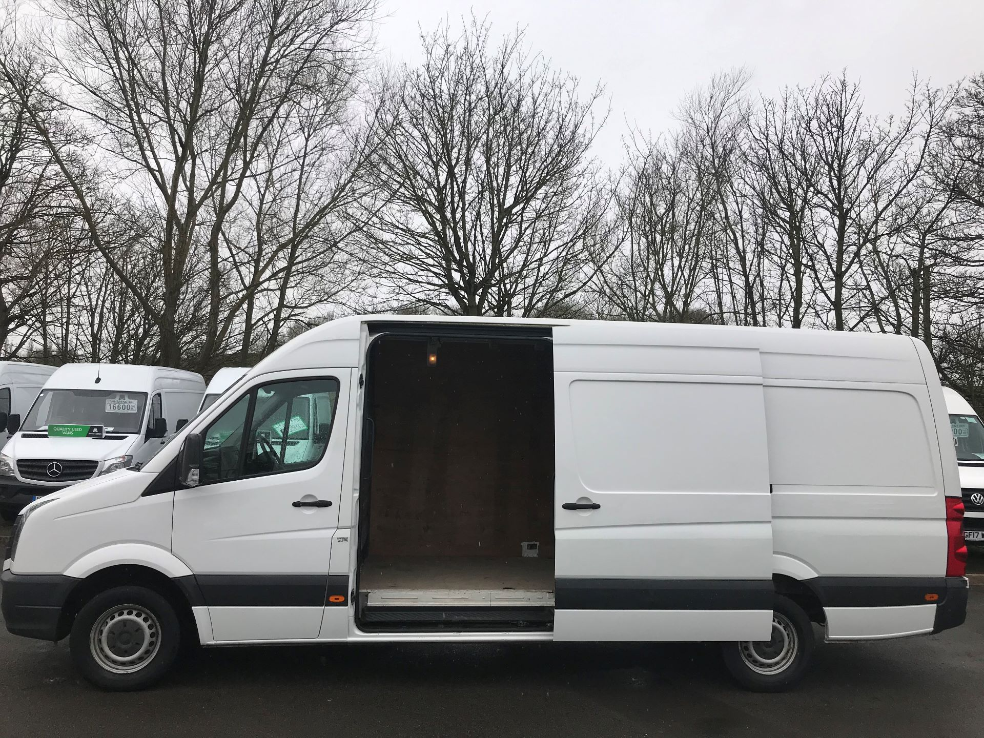 2016 Volkswagen Crafter  CR35 LWB 2.0 TDI 136PS HIGH ROOF EURO 5 (GK66YDP) Image 5
