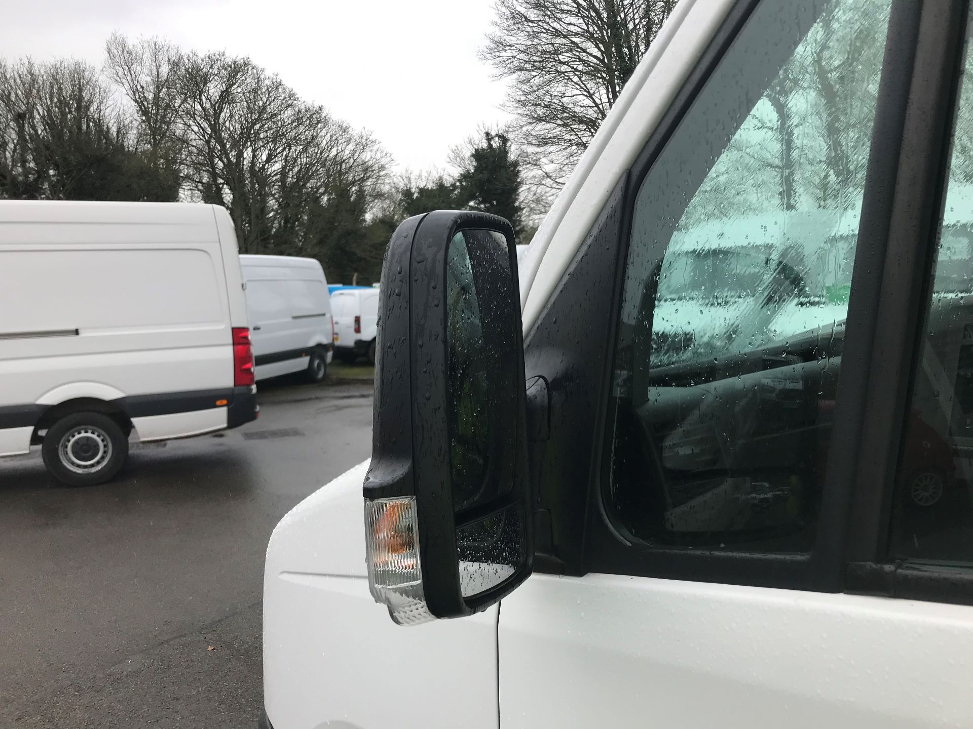 2016 Volkswagen Crafter  CR35 LWB 2.0 TDI 136PS HIGH ROOF EURO 5 (GK66YDP) Image 14