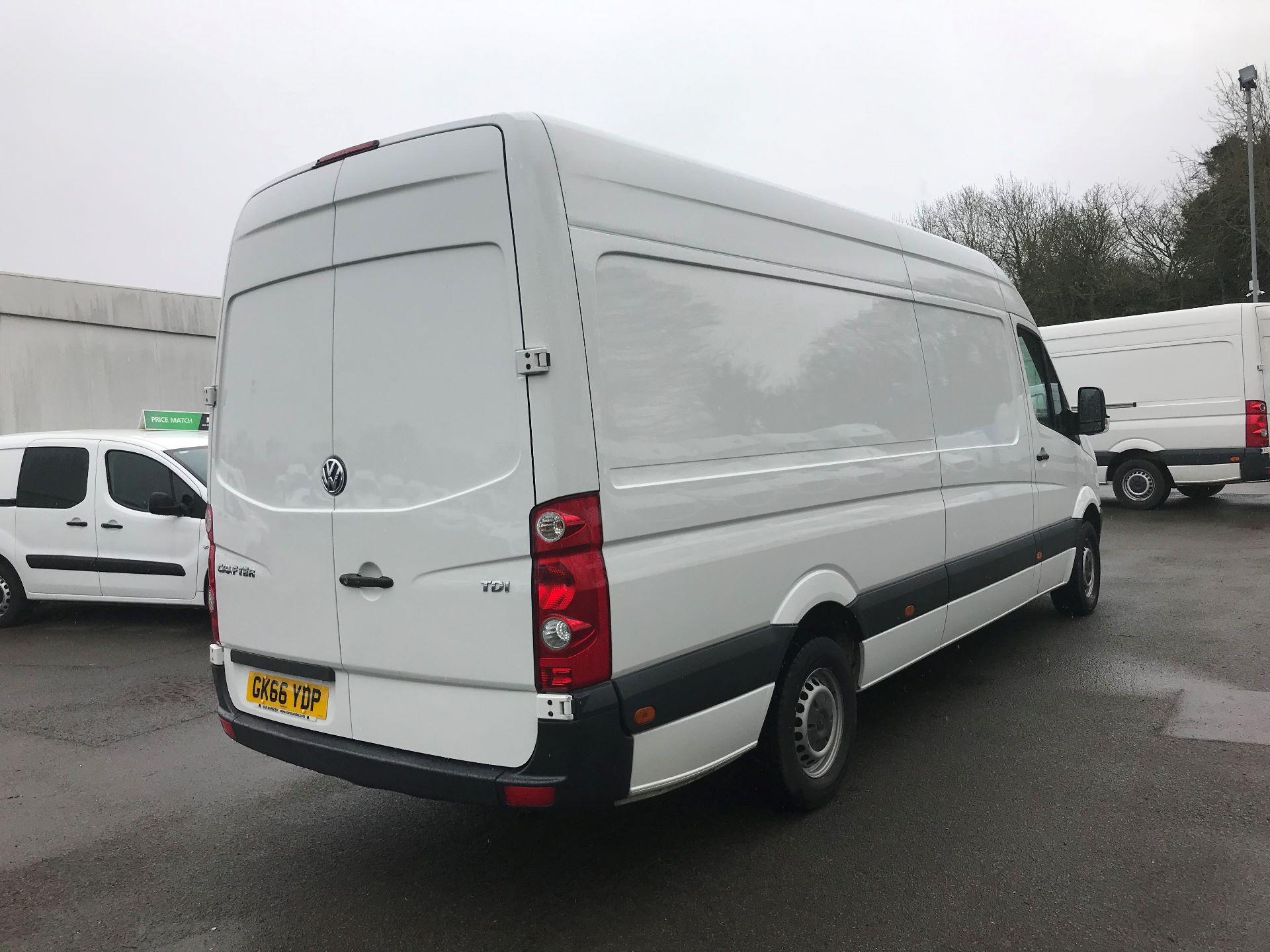 2016 Volkswagen Crafter  CR35 LWB 2.0 TDI 136PS HIGH ROOF EURO 5 (GK66YDP) Image 9