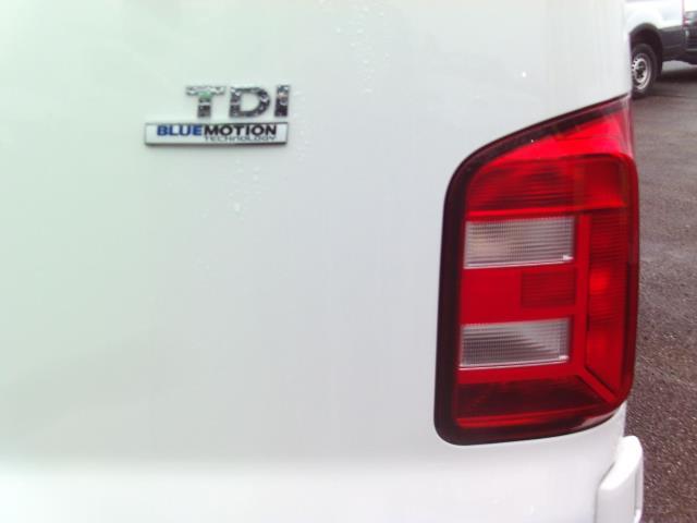 2016 Volkswagen Transporter  T28 SWB DIESEL 2.0TDI BMT 84 STARTLINE EURO 5/6 (GK66YDR) Image 13