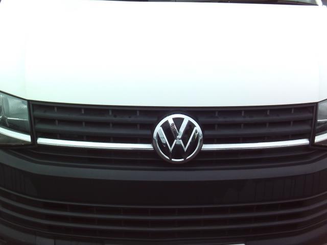 2016 Volkswagen Transporter  T28 SWB DIESEL 2.0TDI BMT 84 STARTLINE EURO 5/6 (GK66YDR) Image 12