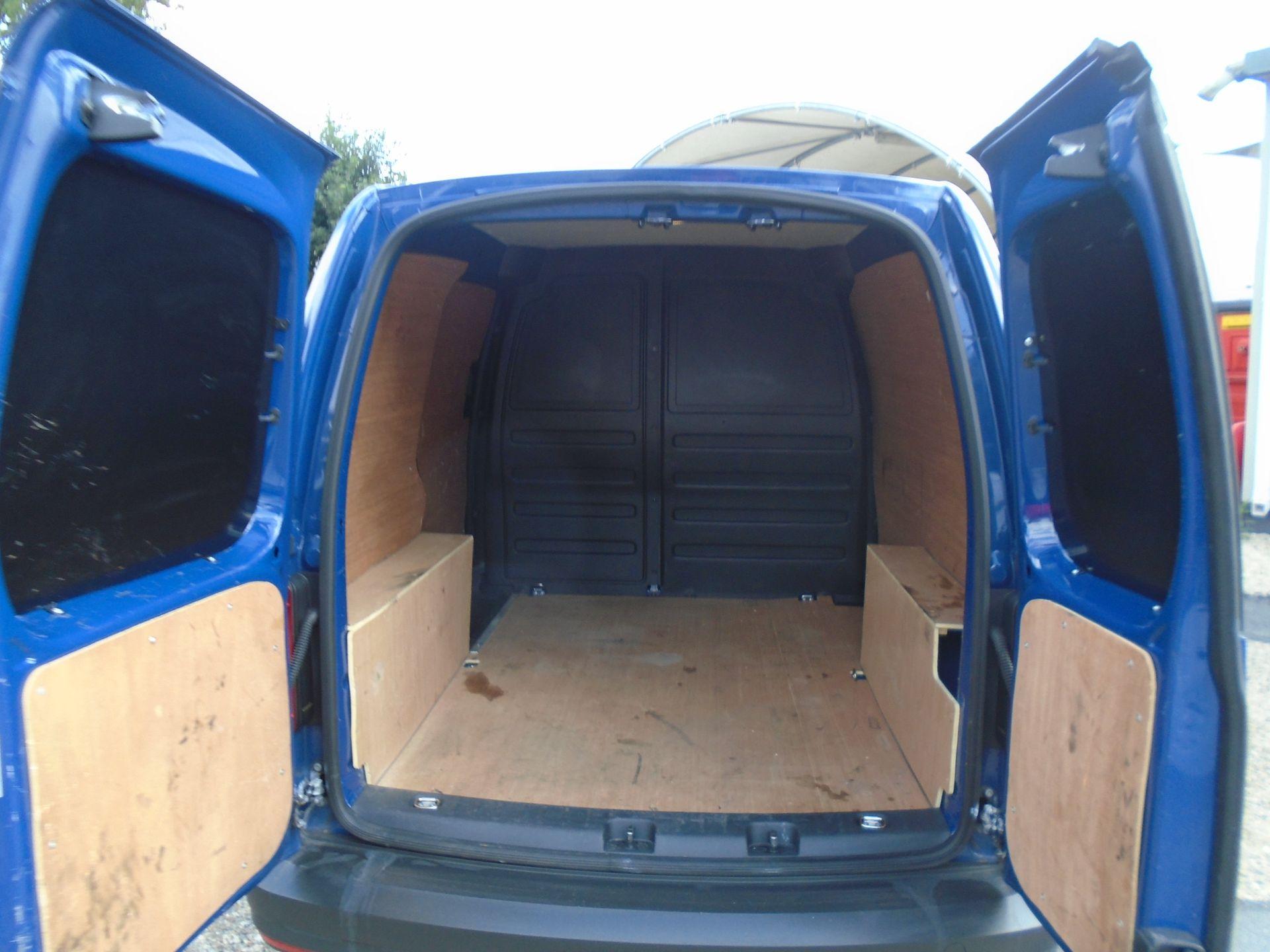 2017 Volkswagen Caddy 2.0 Tdi Bluemotion Tech 102Ps Startline Van (GK67STZ) Image 10
