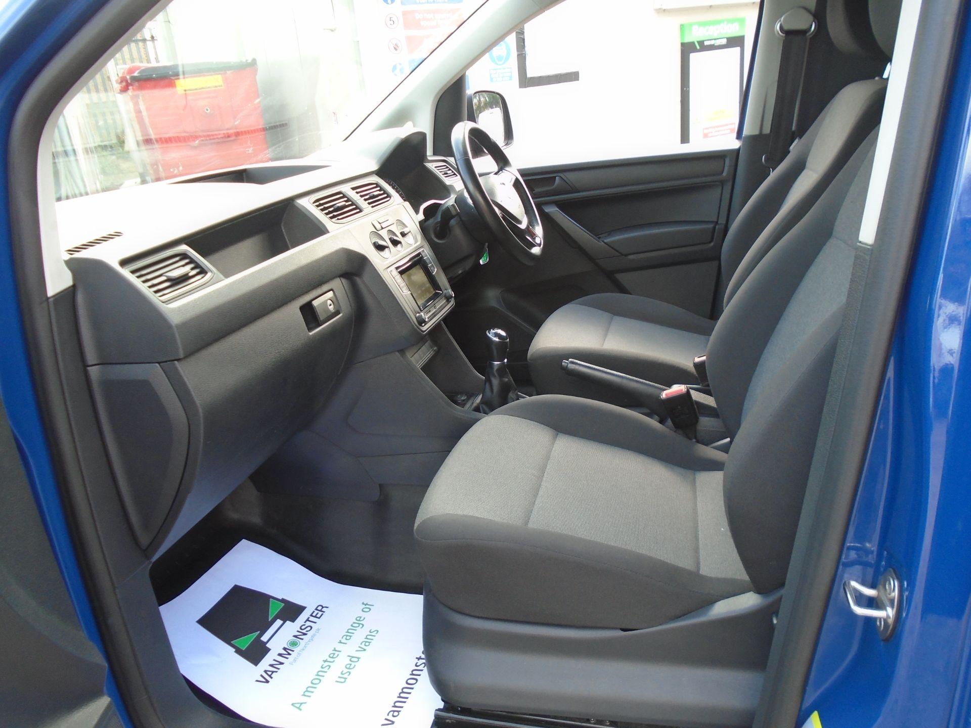 2017 Volkswagen Caddy 2.0 Tdi Bluemotion Tech 102Ps Startline Van (GK67STZ) Image 16