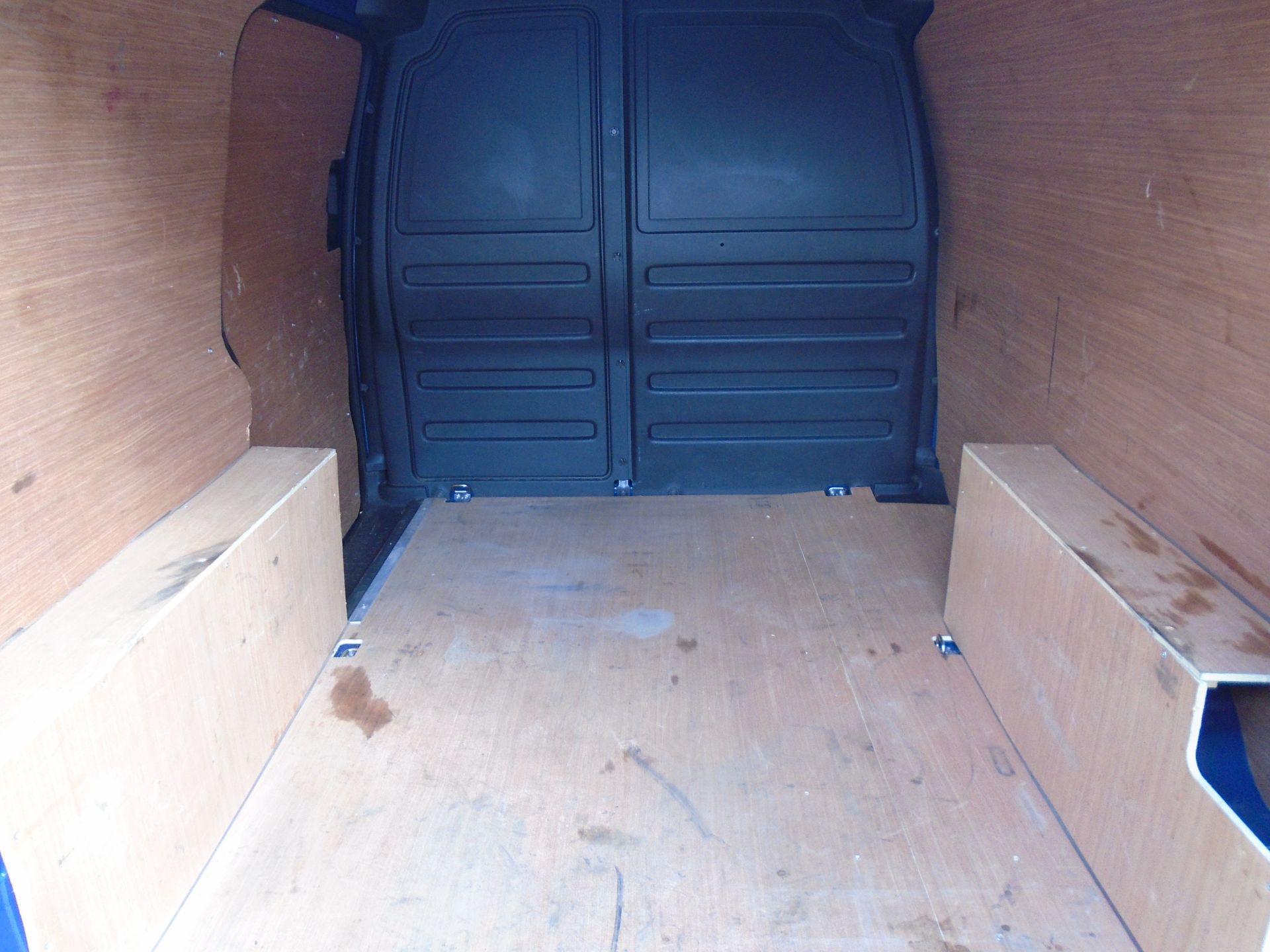 2017 Volkswagen Caddy 2.0 Tdi Bluemotion Tech 102Ps Startline Van (GK67STZ) Image 11