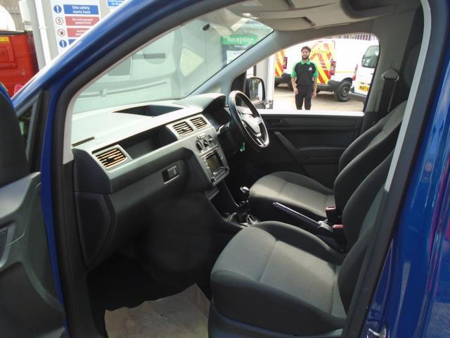 2017 Volkswagen Caddy 2.0 Tdi Bluemotion Tech 102Ps Startline Van (GK67SVA) Image 16