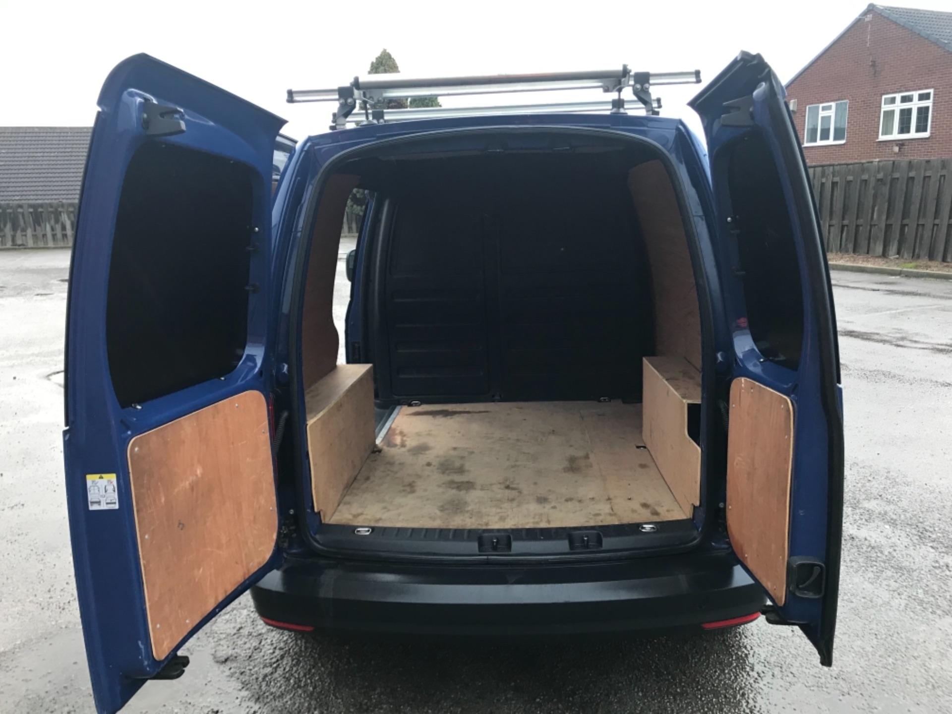 2017 Volkswagen Caddy 2.0 Tdi Bluemotion Tech 102Ps Startline Van EURO 6 (GK67SVE) Image 10