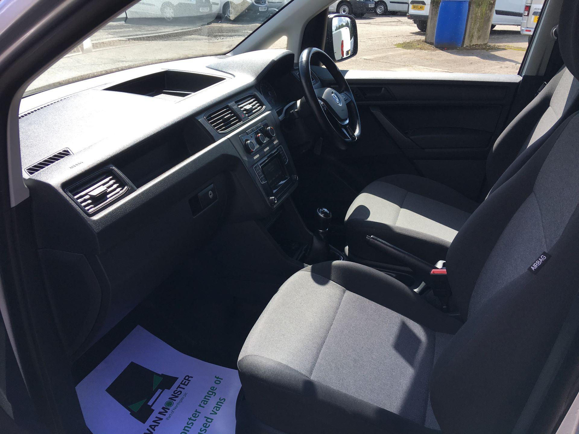 2017 Volkswagen Caddy 2.0 TDI 102PS BMT STARTLINE EURO 6 (GK67SWV) Image 15