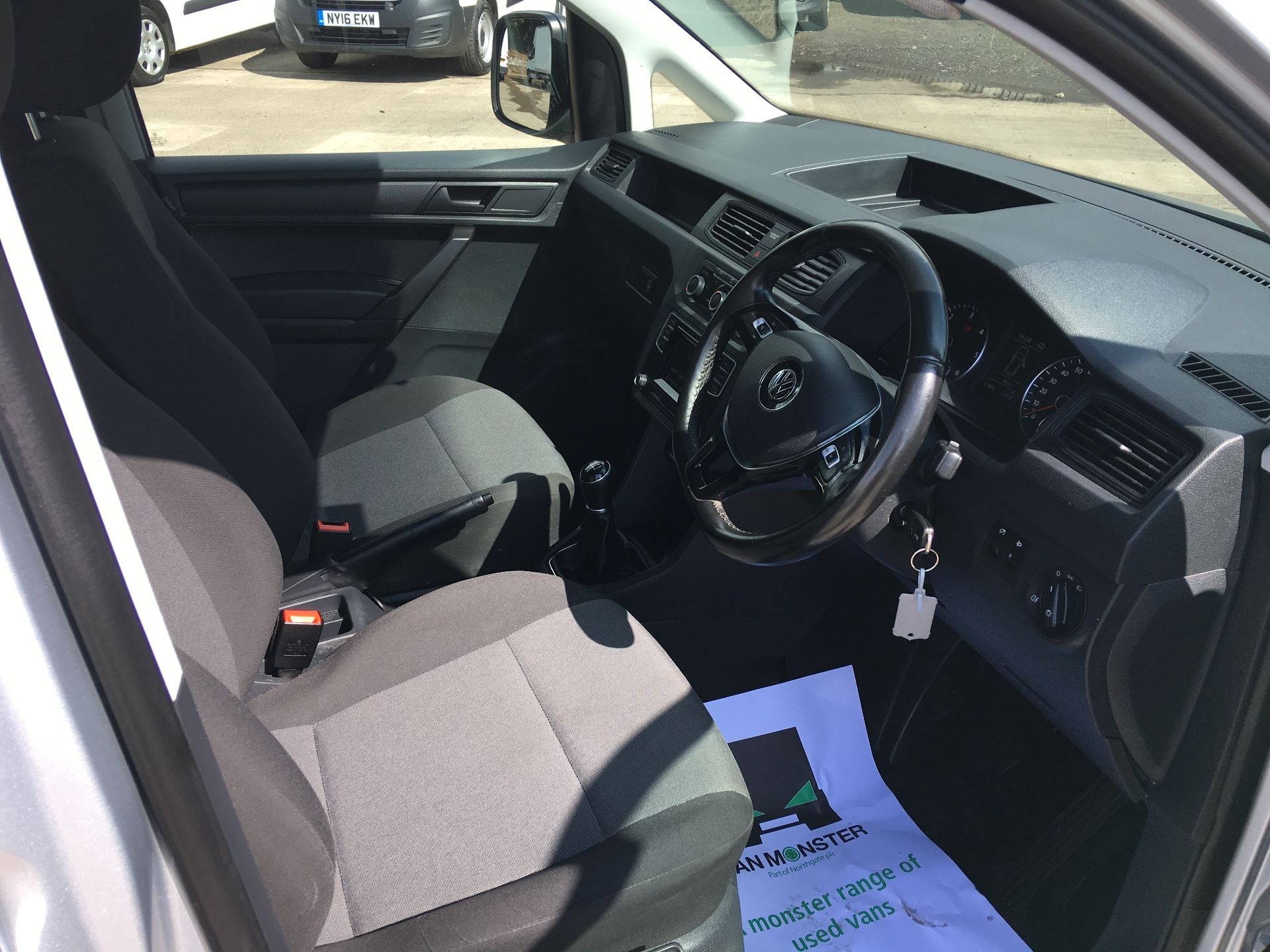 2017 Volkswagen Caddy 2.0 TDI 102PS BMT STARTLINE EURO 6 (GK67SWV) Image 2