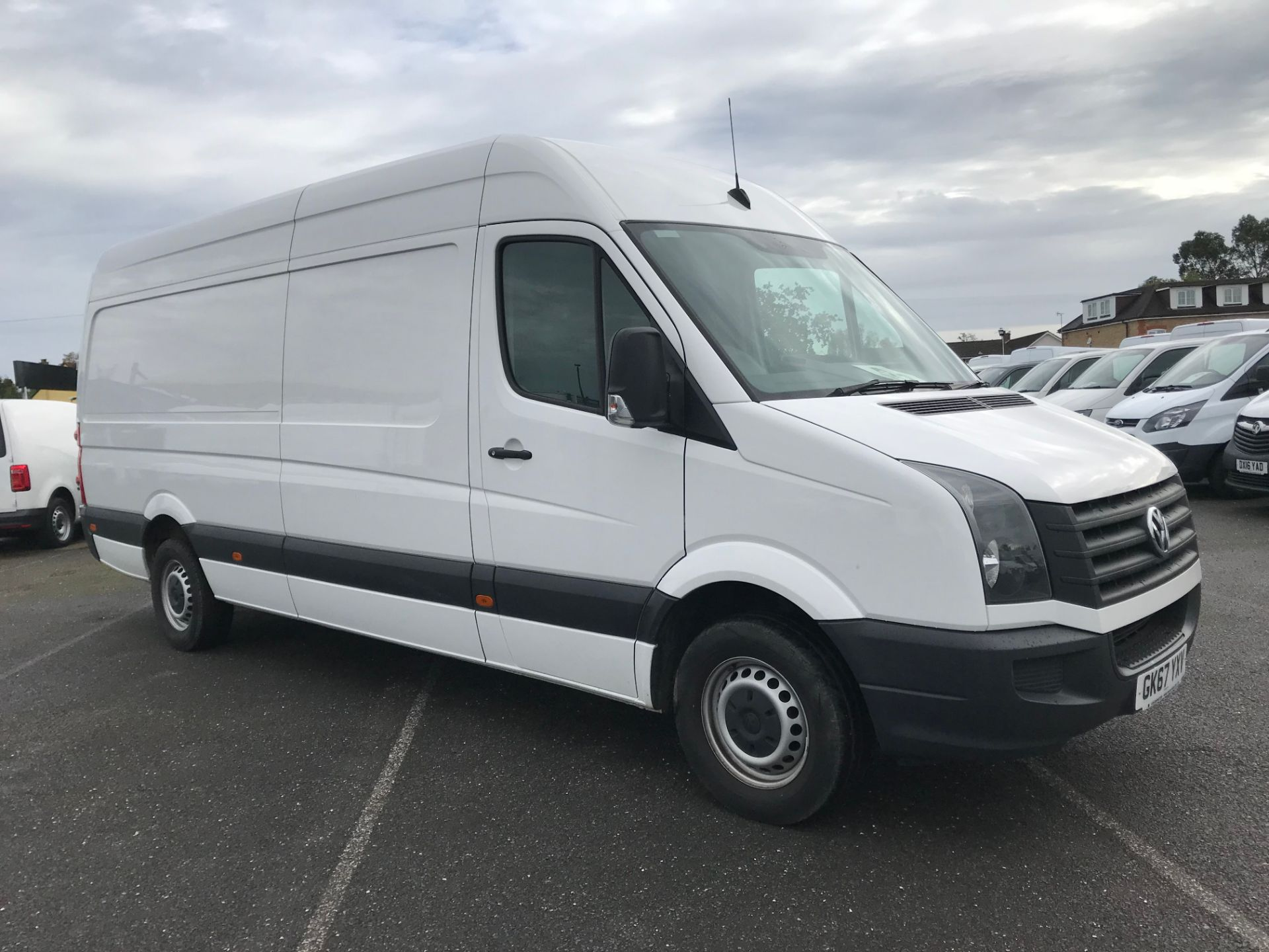 2017 Volkswagen Crafter  CR35 LWB  2.0 BMT TDI 140PS H/R EURO6 (GK67YXV)