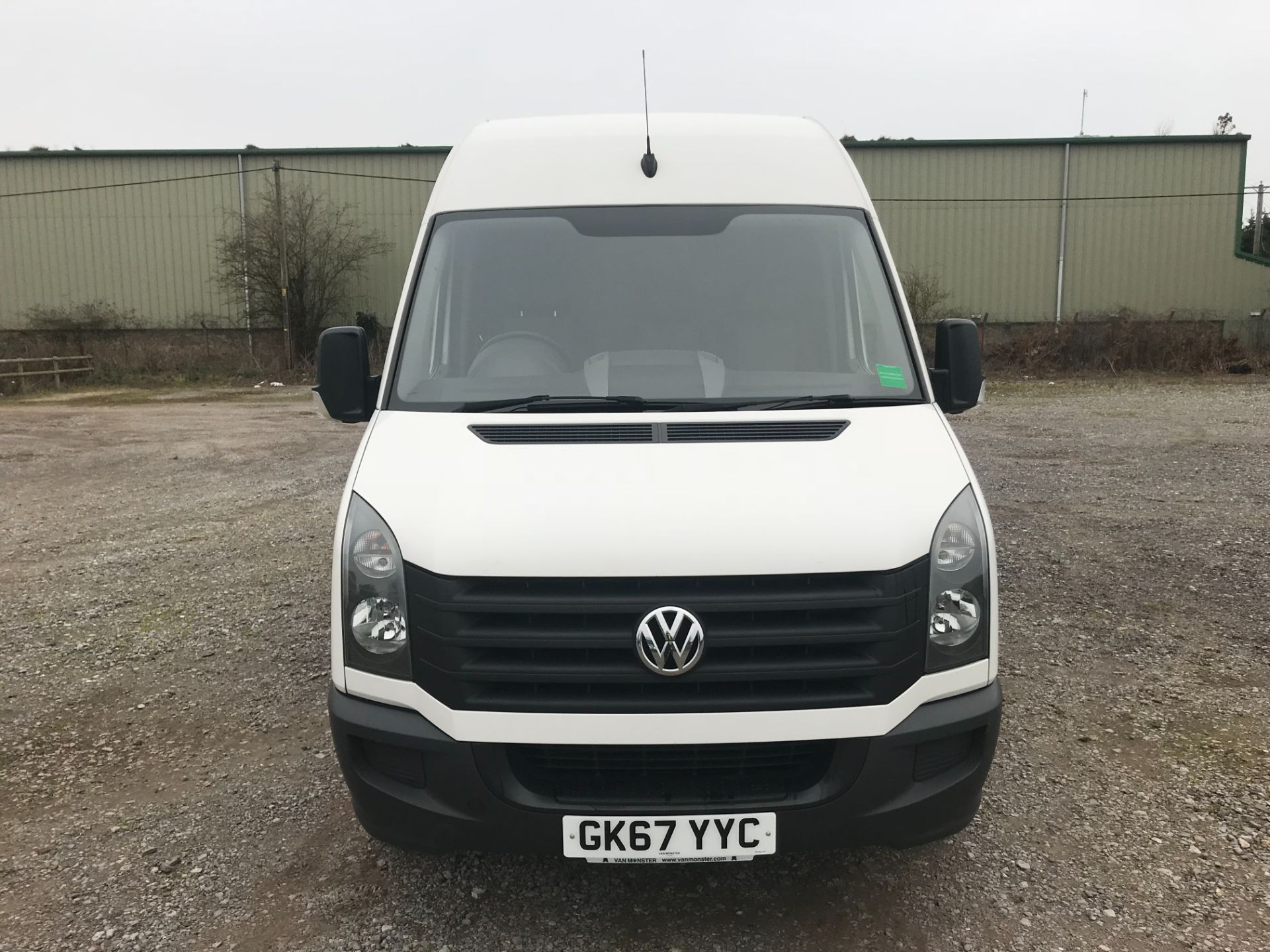 2017 Volkswagen Crafter  CR35 LWB DIESEL 2.0 BMT TDI 140PS HIGH ROOF EURO 6 (GK67YYC) Image 2