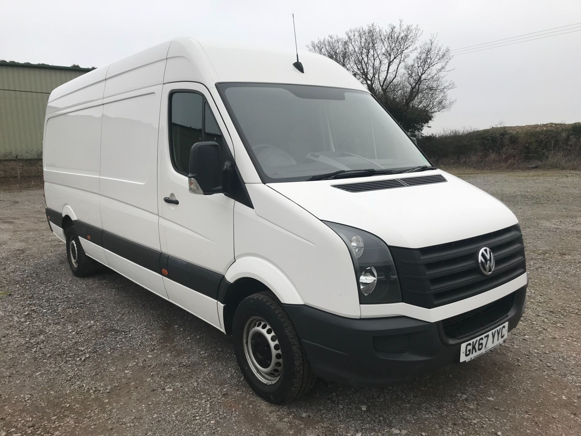 2017 Volkswagen Crafter  CR35 LWB DIESEL 2.0 BMT TDI 140PS HIGH ROOF EURO 6 (GK67YYC) Image 1