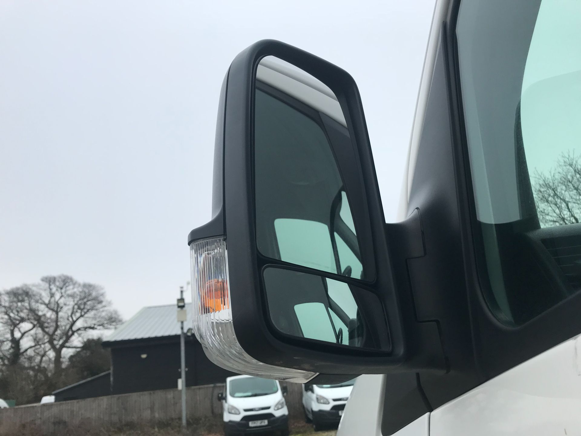 2017 Volkswagen Crafter  CR35 LWB DIESEL 2.0 BMT TDI 140PS HIGH ROOF EURO 6 (GK67YYC) Image 14