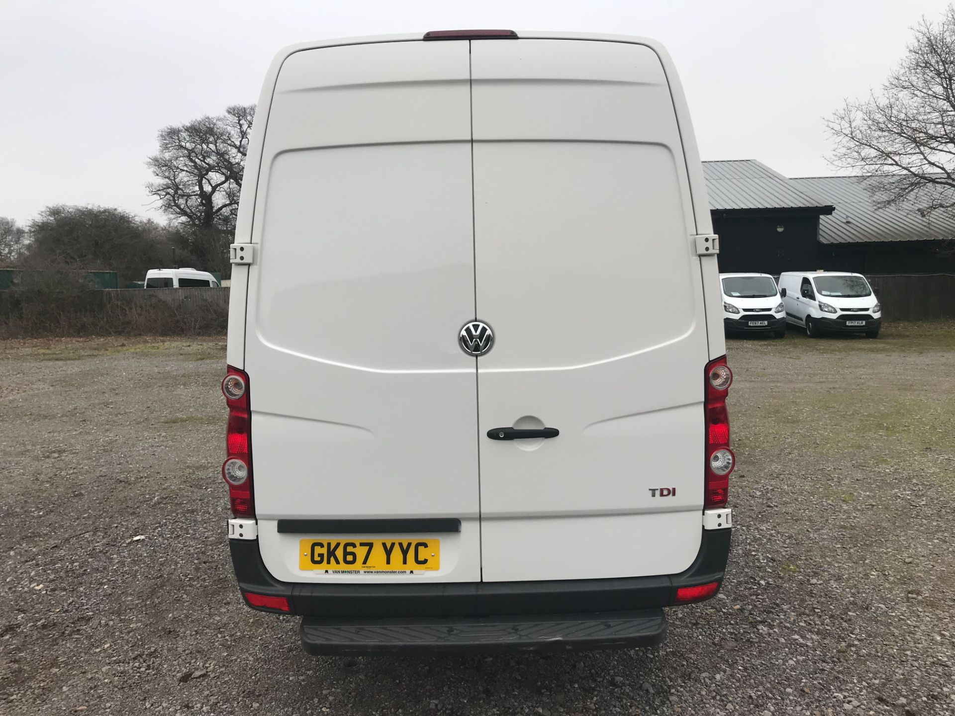 2017 Volkswagen Crafter  CR35 LWB DIESEL 2.0 BMT TDI 140PS HIGH ROOF EURO 6 (GK67YYC) Image 5