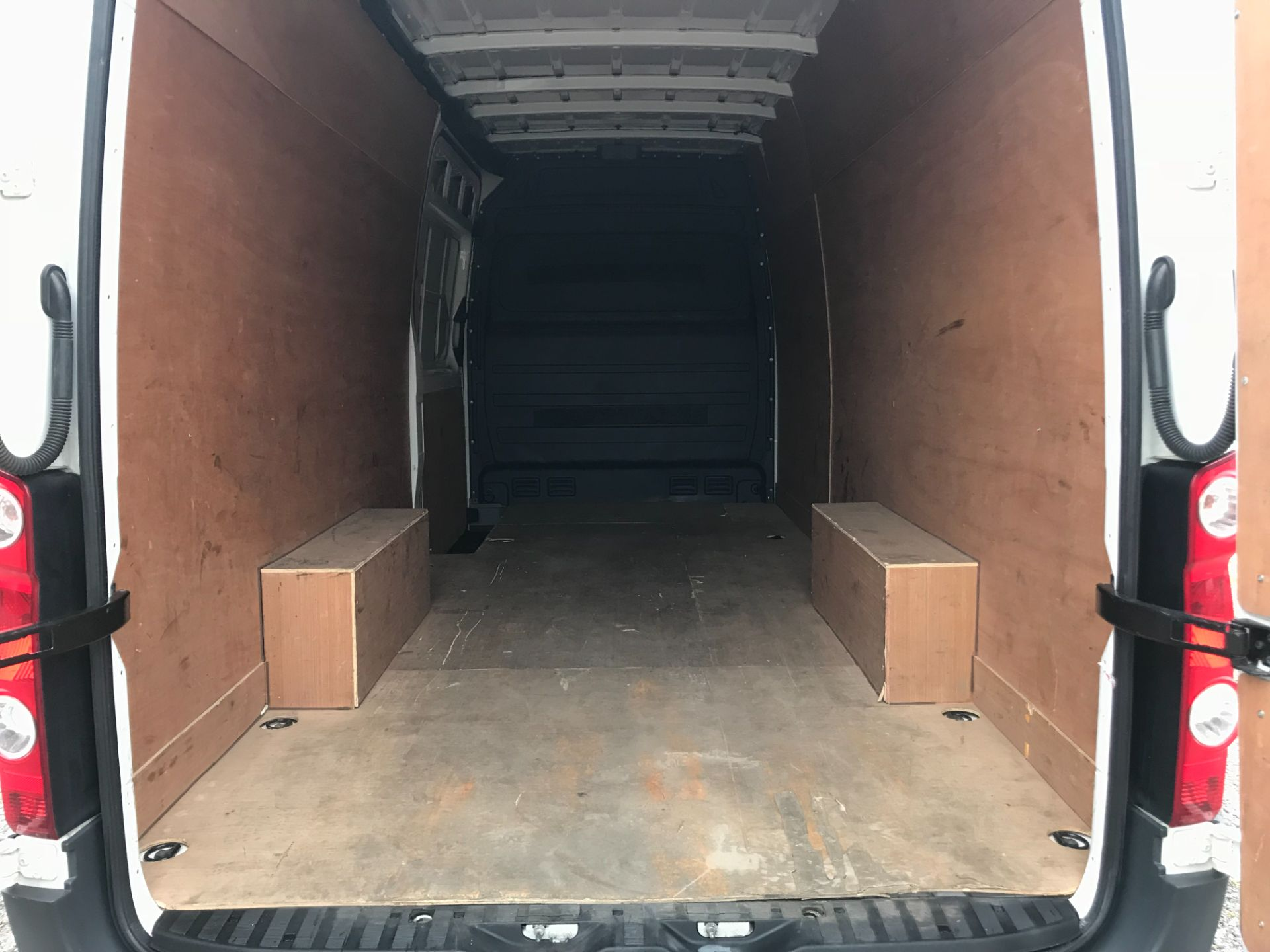 2017 Volkswagen Crafter  CR35 LWB DIESEL 2.0 BMT TDI 140PS HIGH ROOF EURO 6 (GK67YYC) Image 12