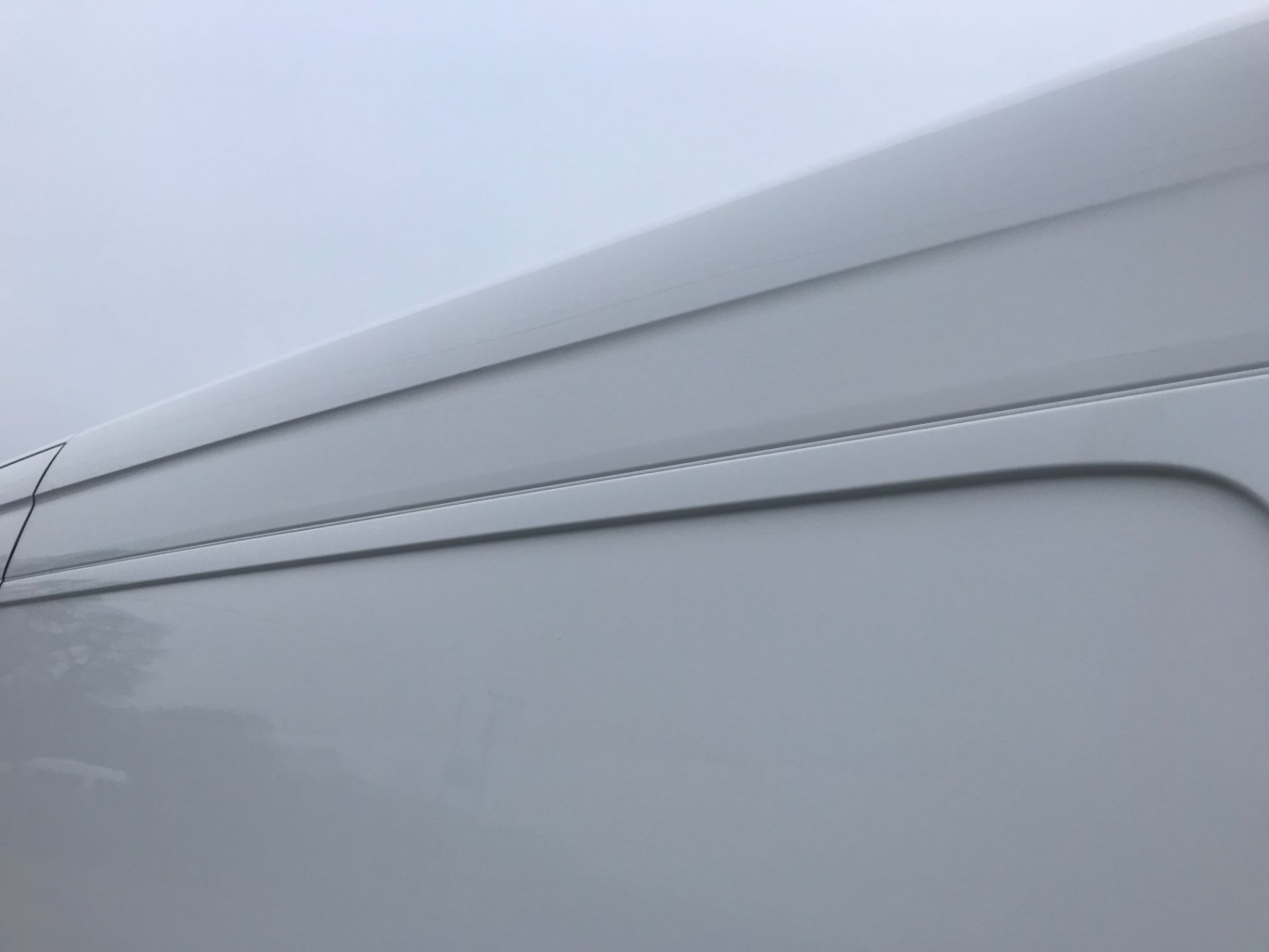 2017 Volkswagen Crafter  CR35 LWB DIESEL 2.0 BMT TDI 140PS HIGH ROOF EURO 6 (GK67YYC) Image 48
