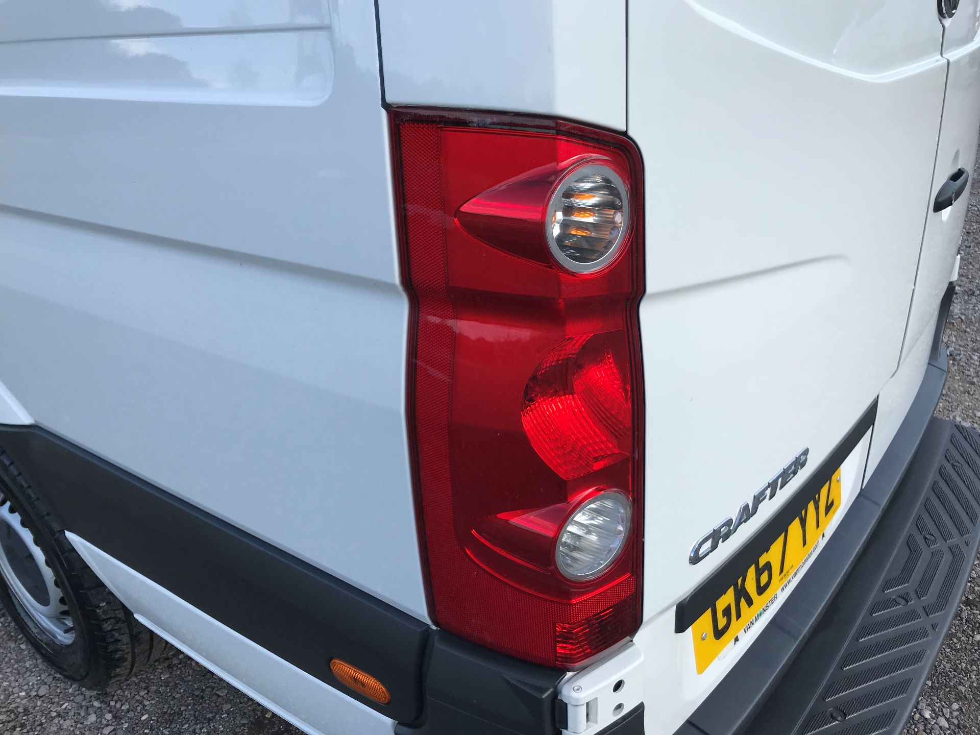 2017 Volkswagen Crafter CR35 LWB DIESEL 2.0 BMT TDI 140PS HIGH ROOF EURO 6 (GK67YYZ) Image 15