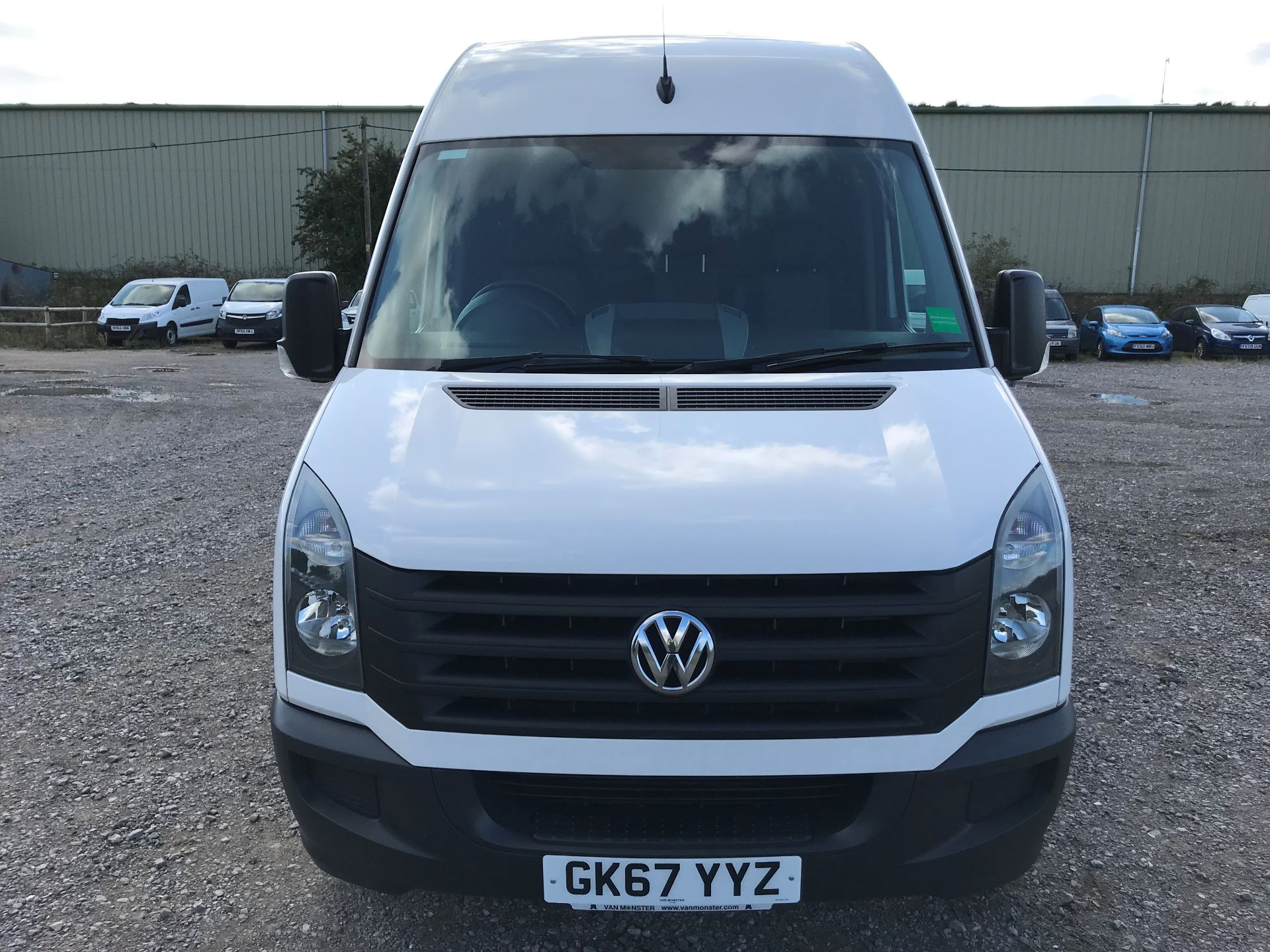 2017 Volkswagen Crafter CR35 LWB DIESEL 2.0 BMT TDI 140PS HIGH ROOF EURO 6 (GK67YYZ) Image 2