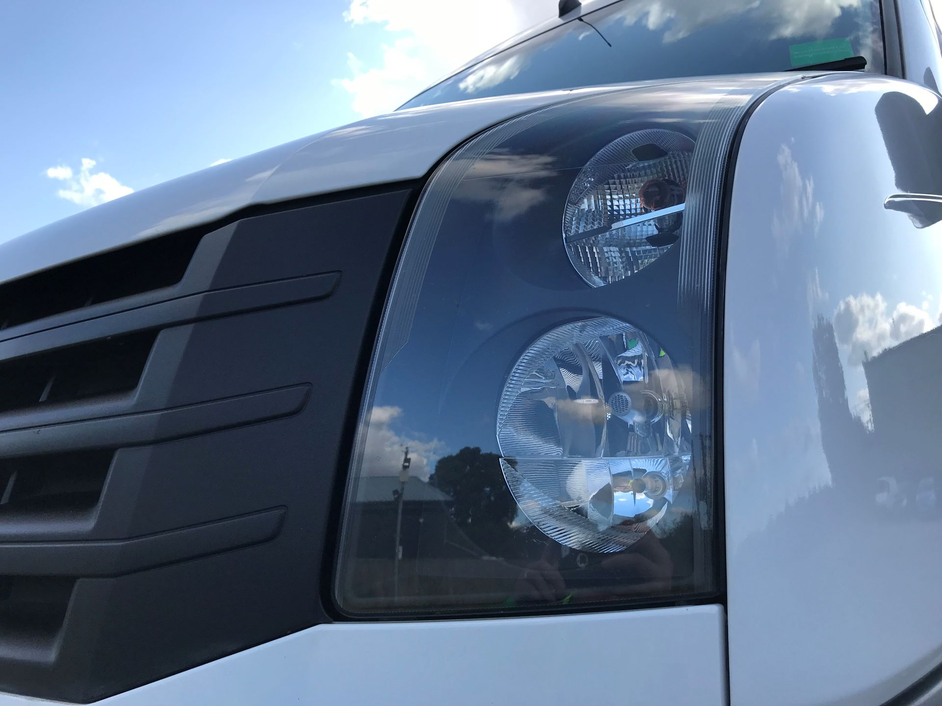 2017 Volkswagen Crafter CR35 LWB DIESEL 2.0 BMT TDI 140PS HIGH ROOF EURO 6 (GK67YYZ) Image 18