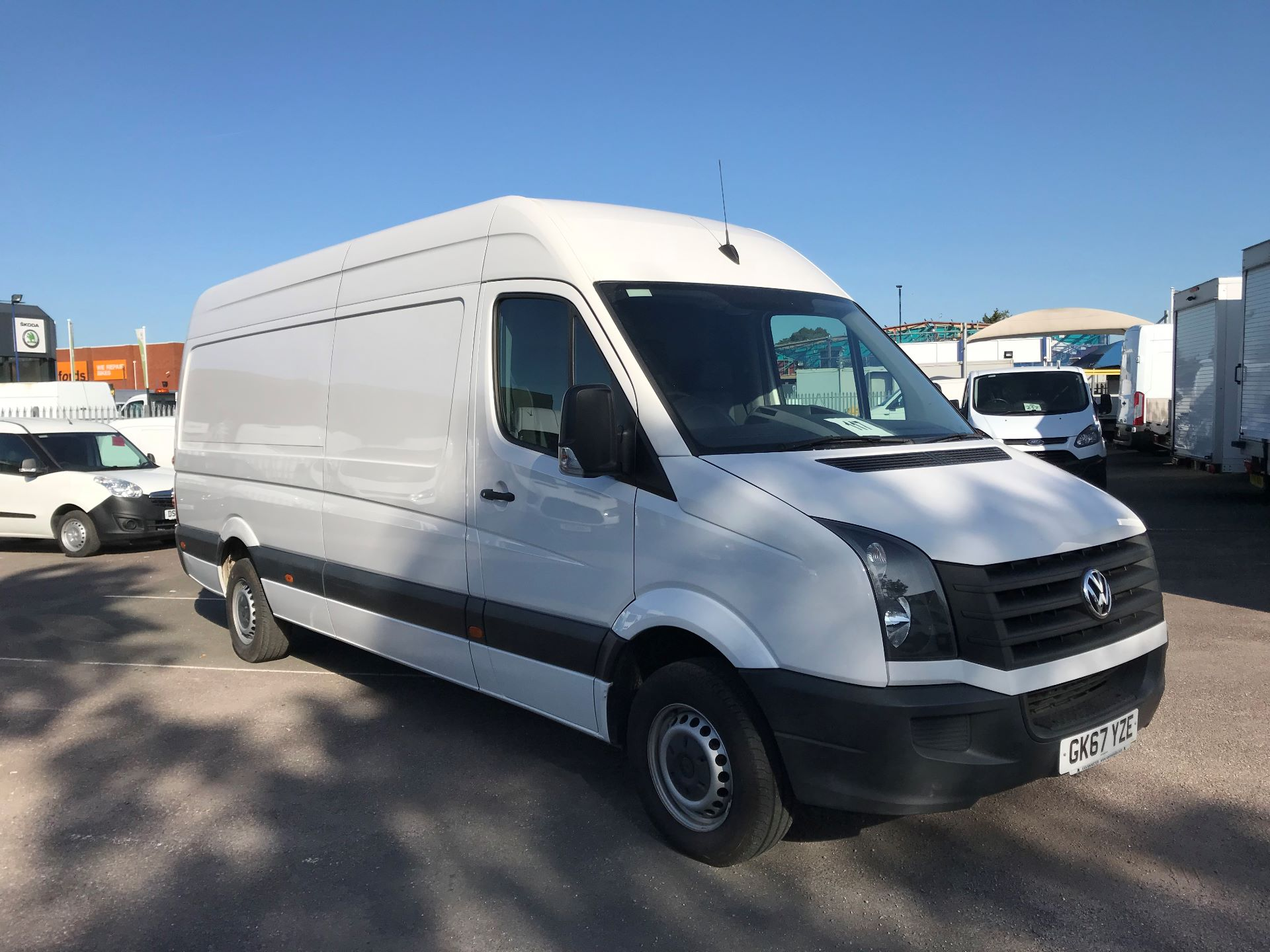 2017 Volkswagen Crafter   CR35 LWB  2.0 BMT TDI 140PS H/R EURO6 (GK67YZE)