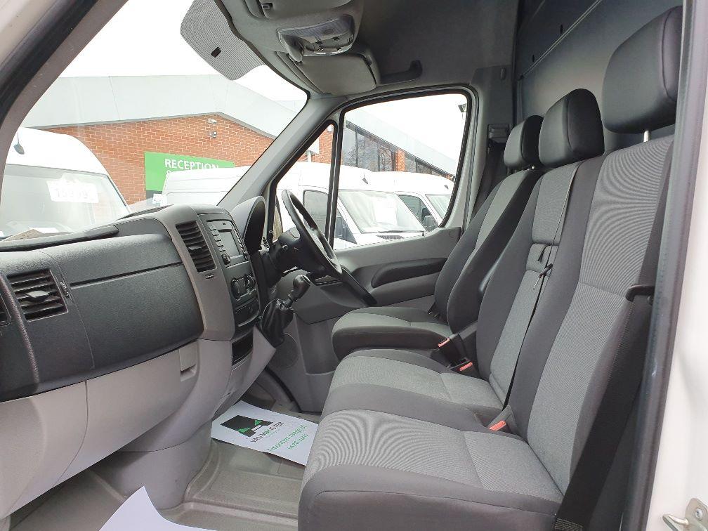 2017 Volkswagen Crafter 2.0 Tdi Bmt 140Ps High Roof Van (GK67ZLV) Image 16