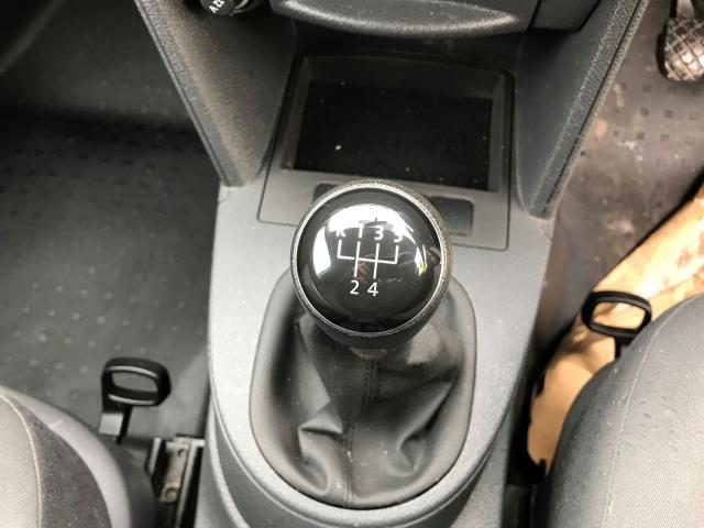 2015 Volkswagen Caddy 1.6 75PS STARTLINE EURO 5 (GL15EBN) Image 5
