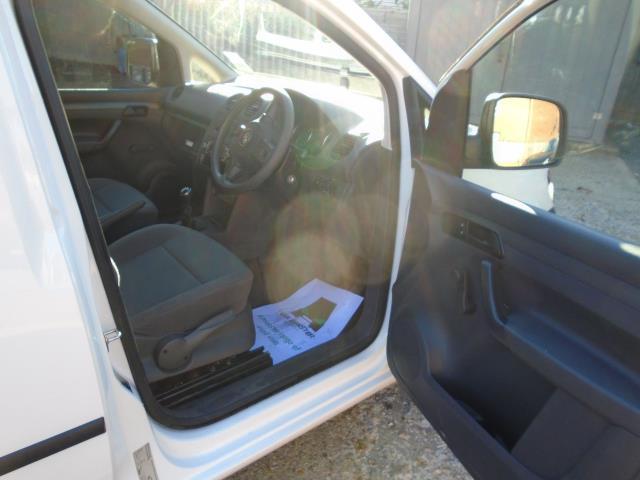 2015 Volkswagen Caddy  1.6 75PS STARTLINE EURO 5 (GL15ECJ) Image 14
