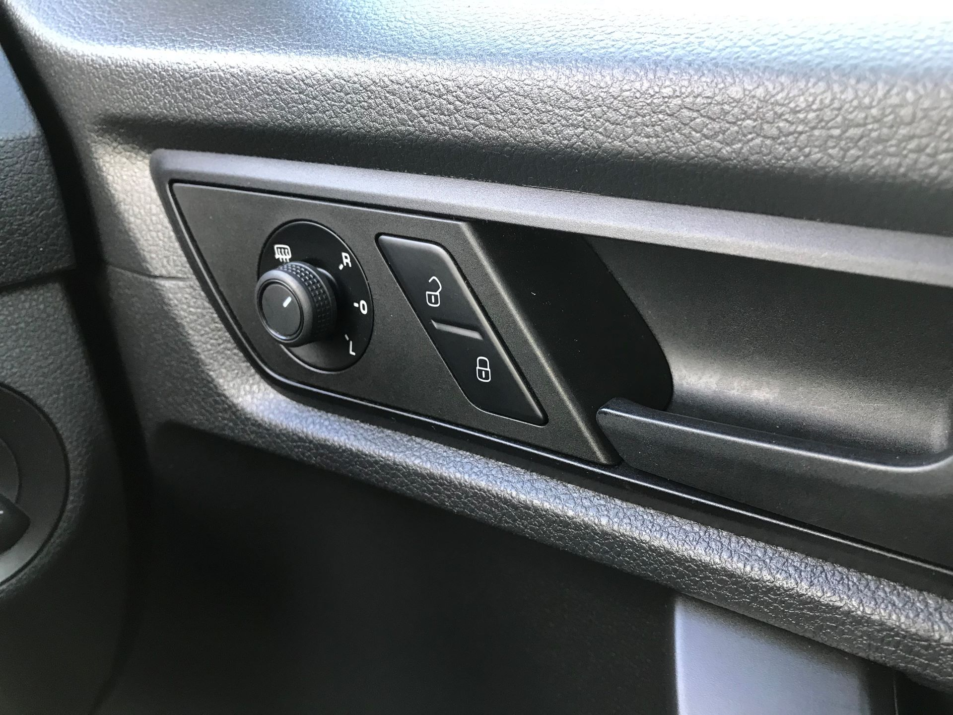 2016 Volkswagen Caddy 2.0 102PS BLUEMOTION TECH 102 STARTLINE EURO 6 (GL16BXW) Image 17