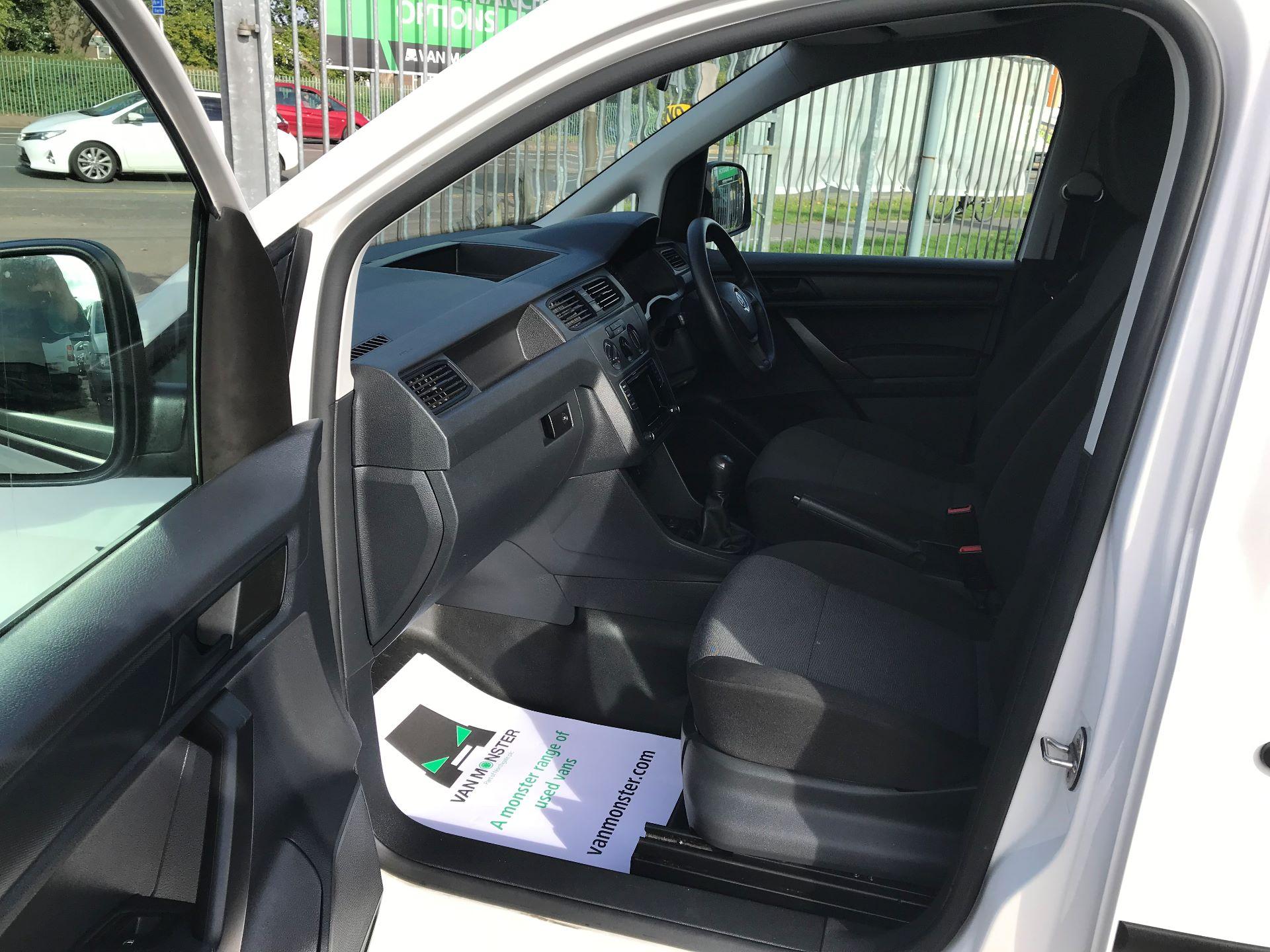 2016 Volkswagen Caddy 2.0 102PS BLUEMOTION TECH 102 STARTLINE EURO 6 (GL16BXW) Image 11