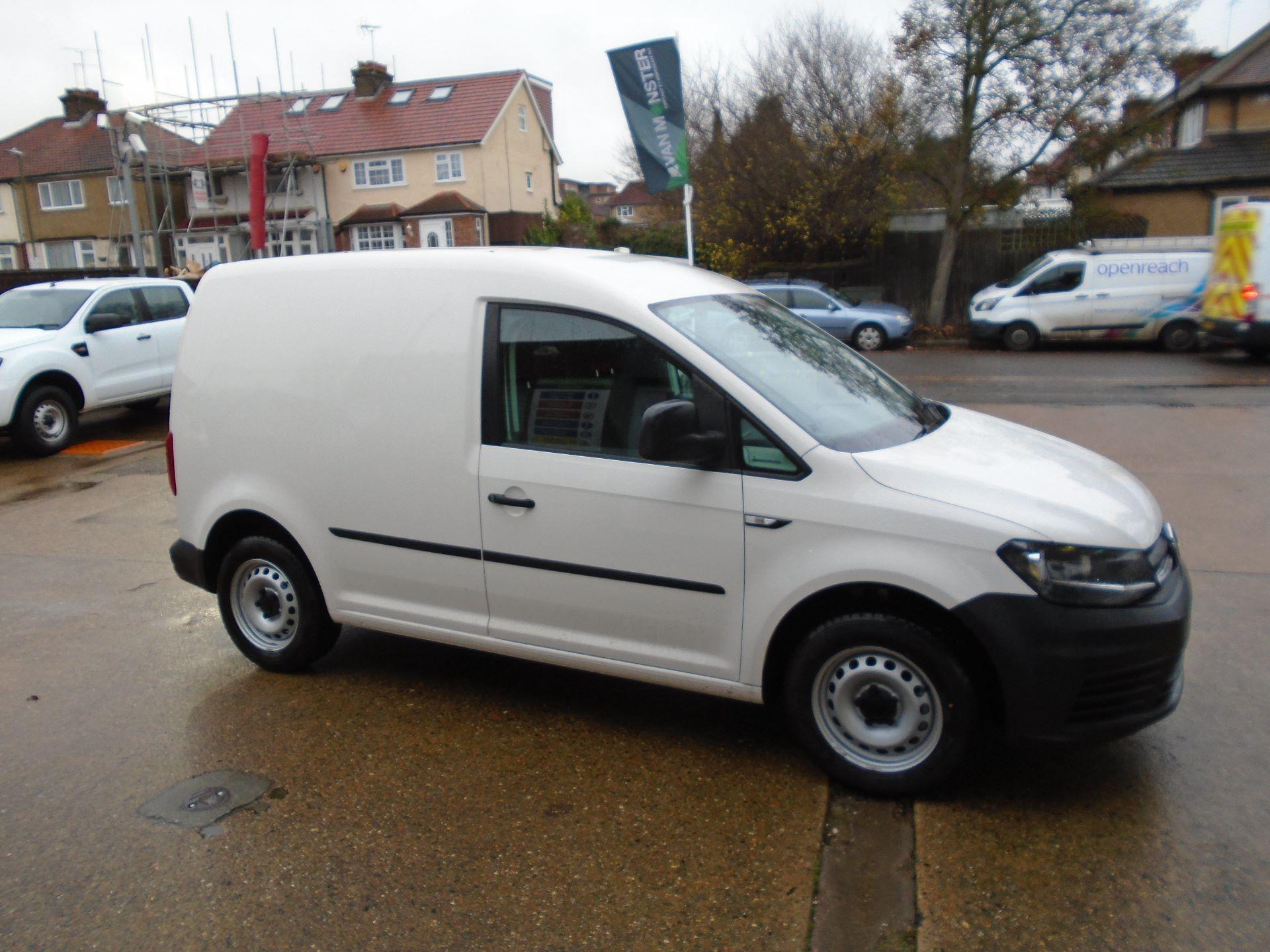 2016 Volkswagen Caddy 2.0 Tdi Bluemotion Tech 102Ps Startline Van(EURO 5) (GL16BZT) Image 4