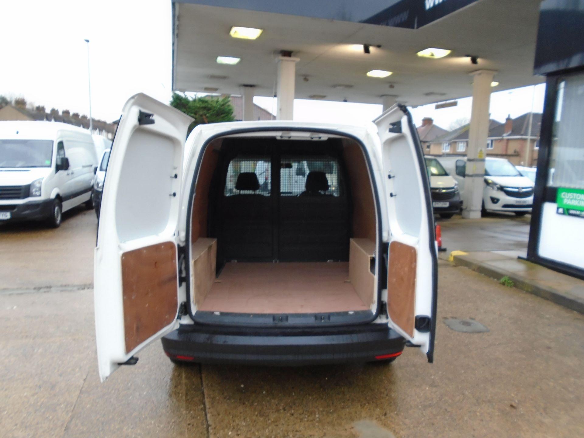 2016 Volkswagen Caddy 2.0 Tdi Bluemotion Tech 102Ps Startline Van(EURO 5) (GL16BZT) Image 7