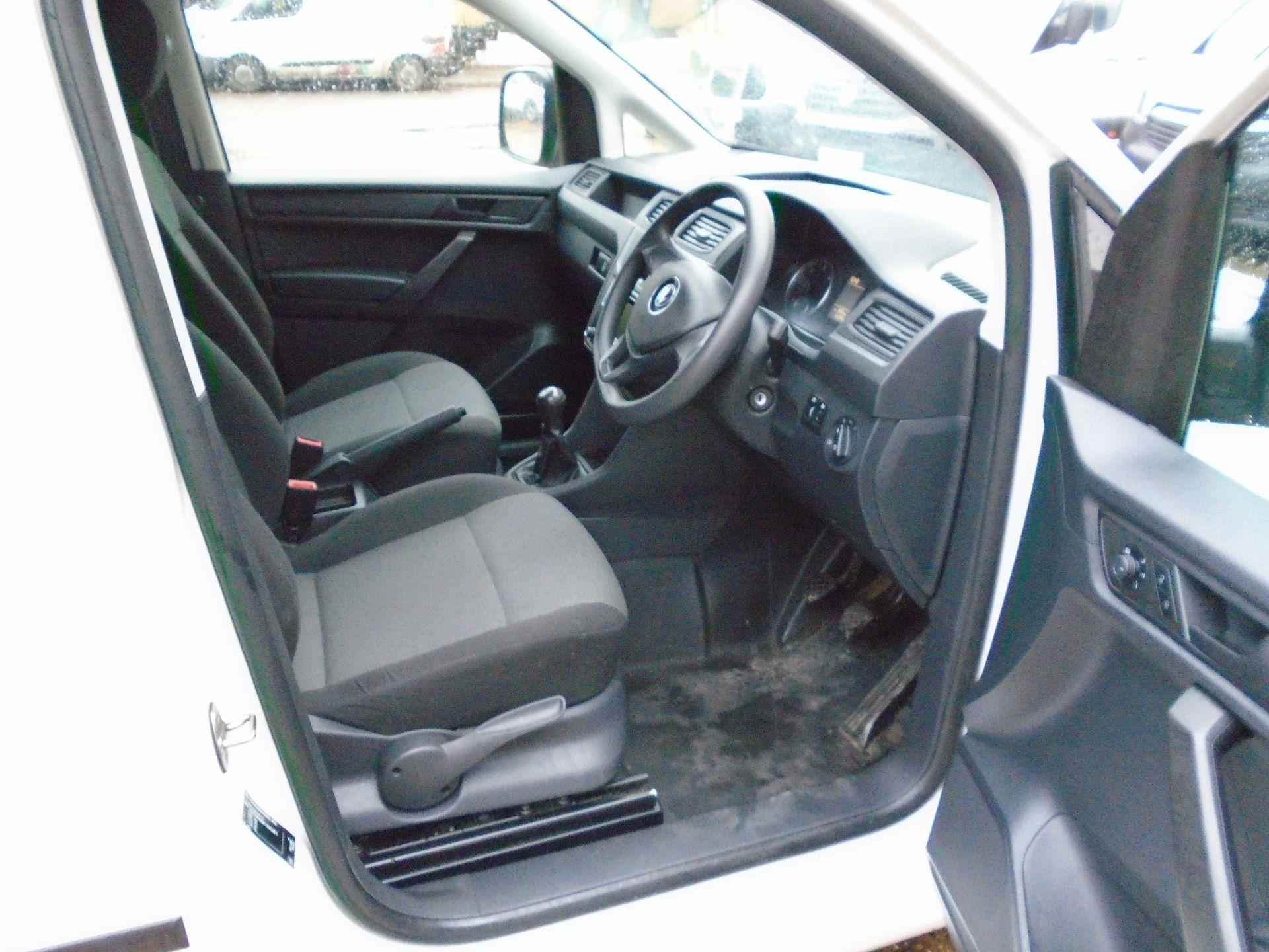 2016 Volkswagen Caddy 2.0 Tdi Bluemotion Tech 102Ps Startline Van(EURO 5) (GL16BZT) Image 17