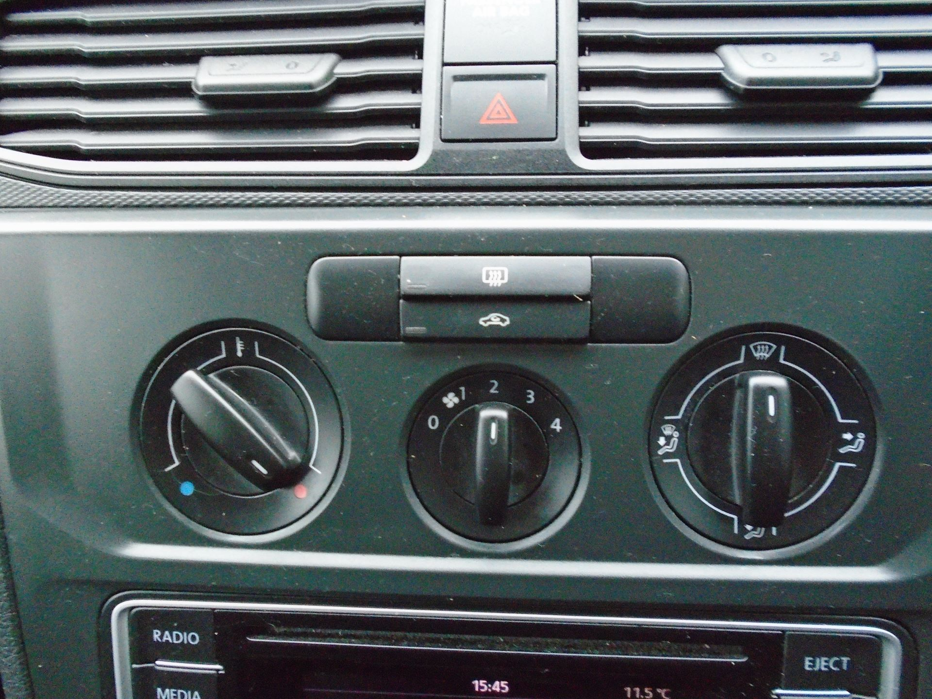 2016 Volkswagen Caddy 2.0 Tdi Bluemotion Tech 102Ps Startline Van(EURO 5) (GL16BZT) Image 26