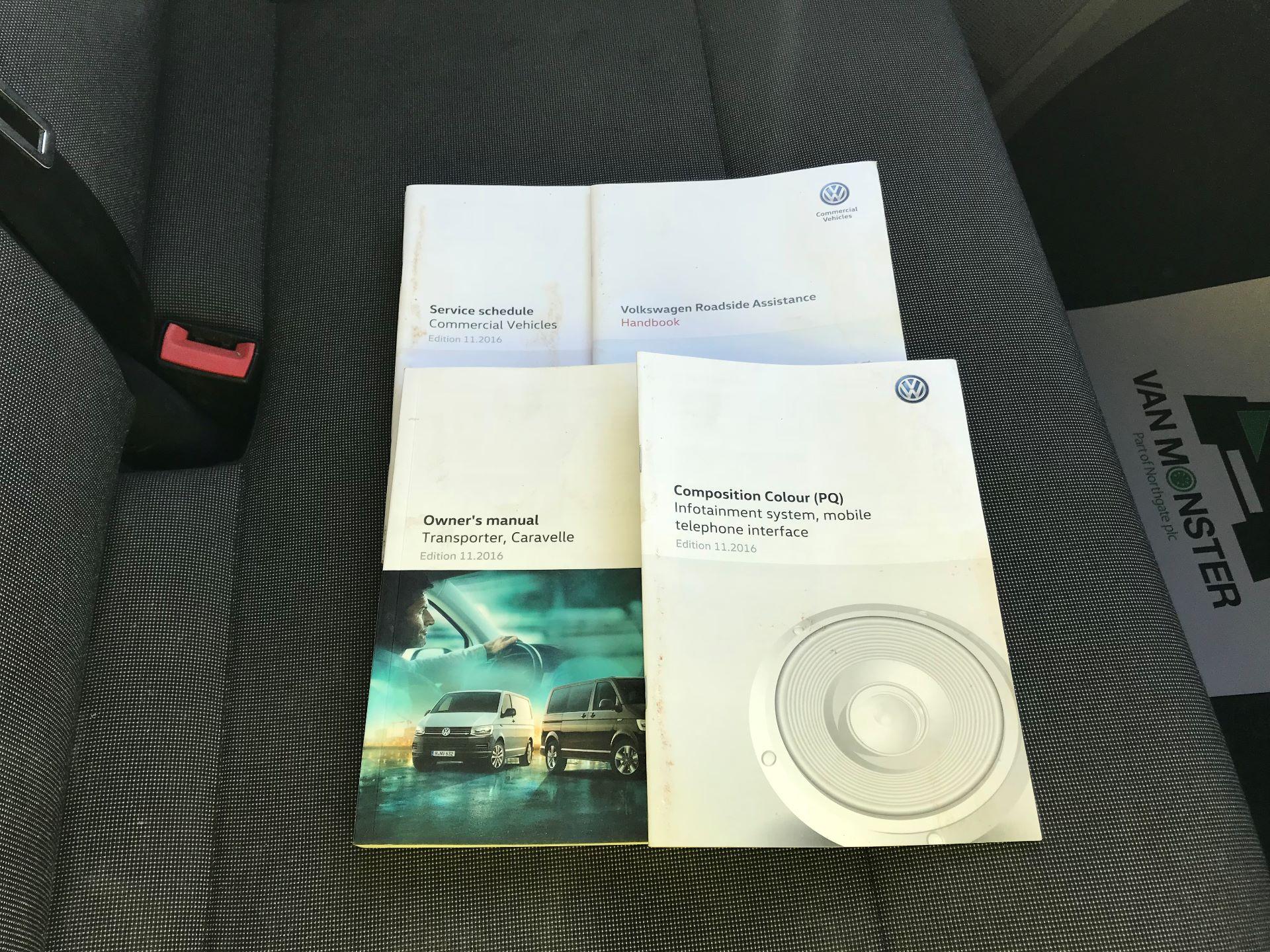 2017 Volkswagen Transporter  2.0  102PS T28 S-LINE TDI BMT EURO 6  (GL17BPV) Image 25