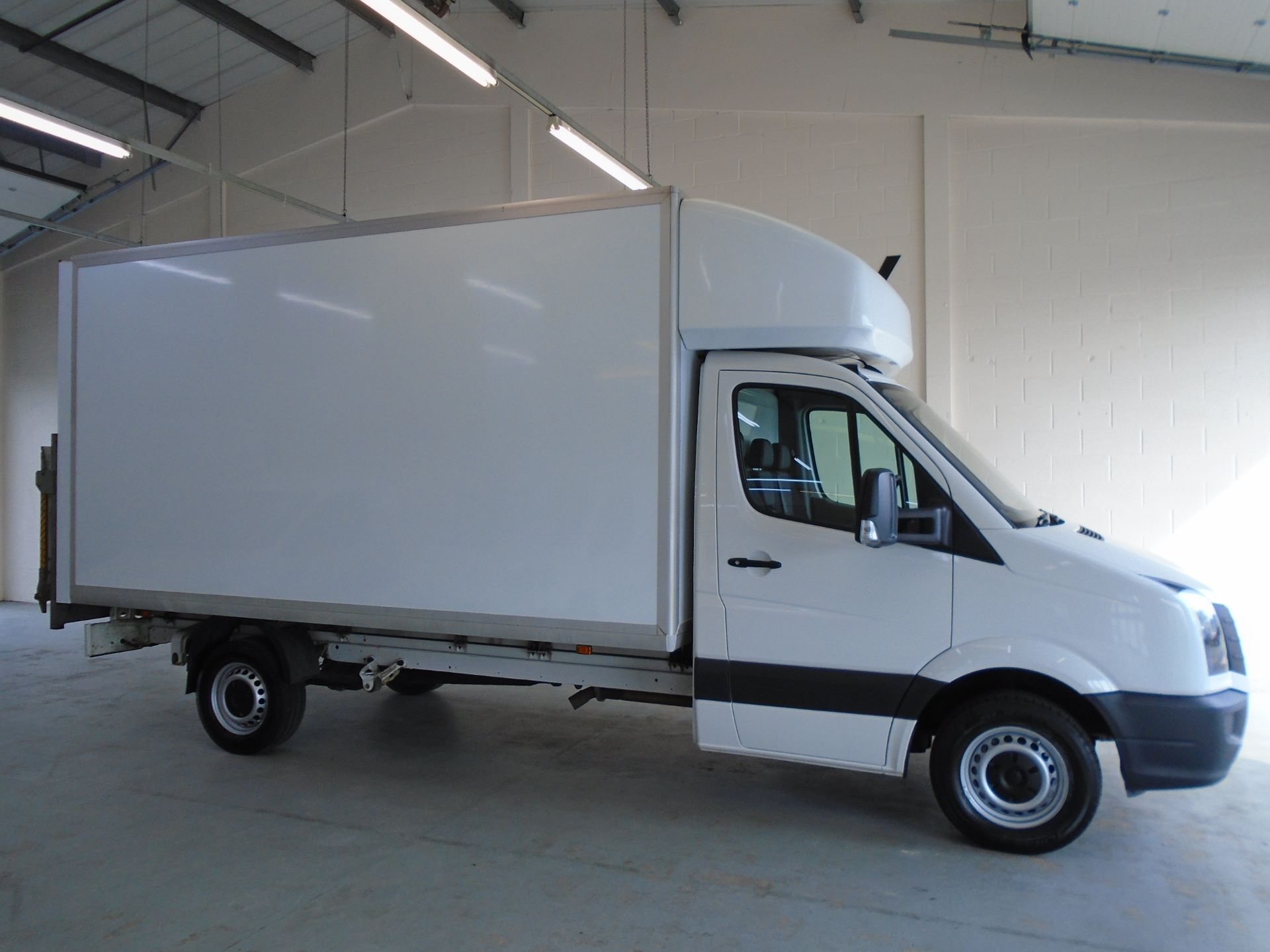 2017 Volkswagen Crafter 2.0 Tdi Bmt 140Ps LWB Luton Tail-Lift (GL17HHD) Image 11