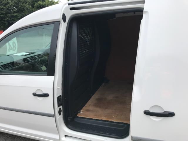 2017 Volkswagen Caddy 2.0 Tdi Bluemotion Tech 102Ps Startline Van Euro 6 (GL17HJG) Image 32