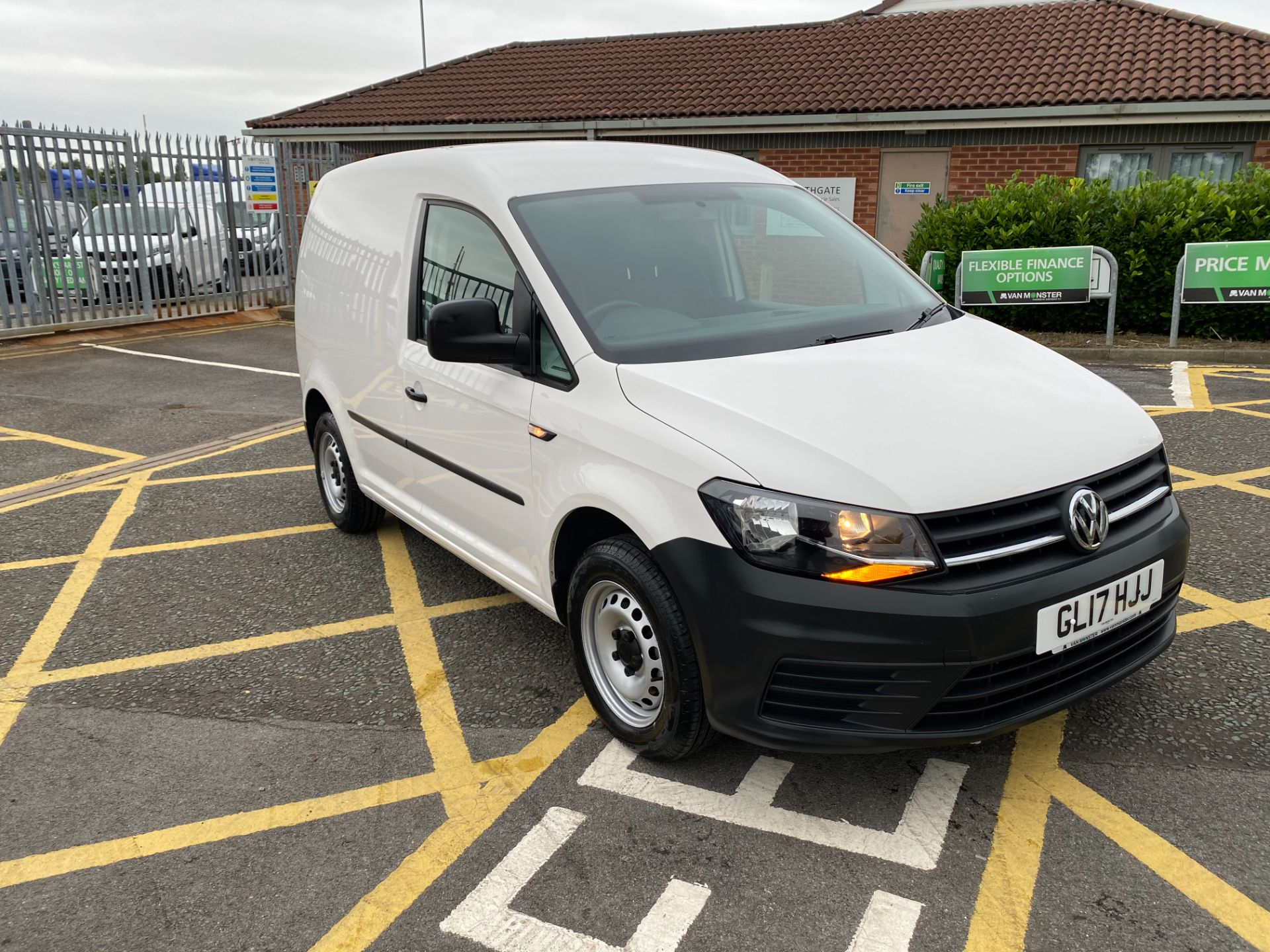 2017 Volkswagen Caddy 2.0 Tdi Bluemotion Tech 102Ps Startline Van (GL17HJJ)