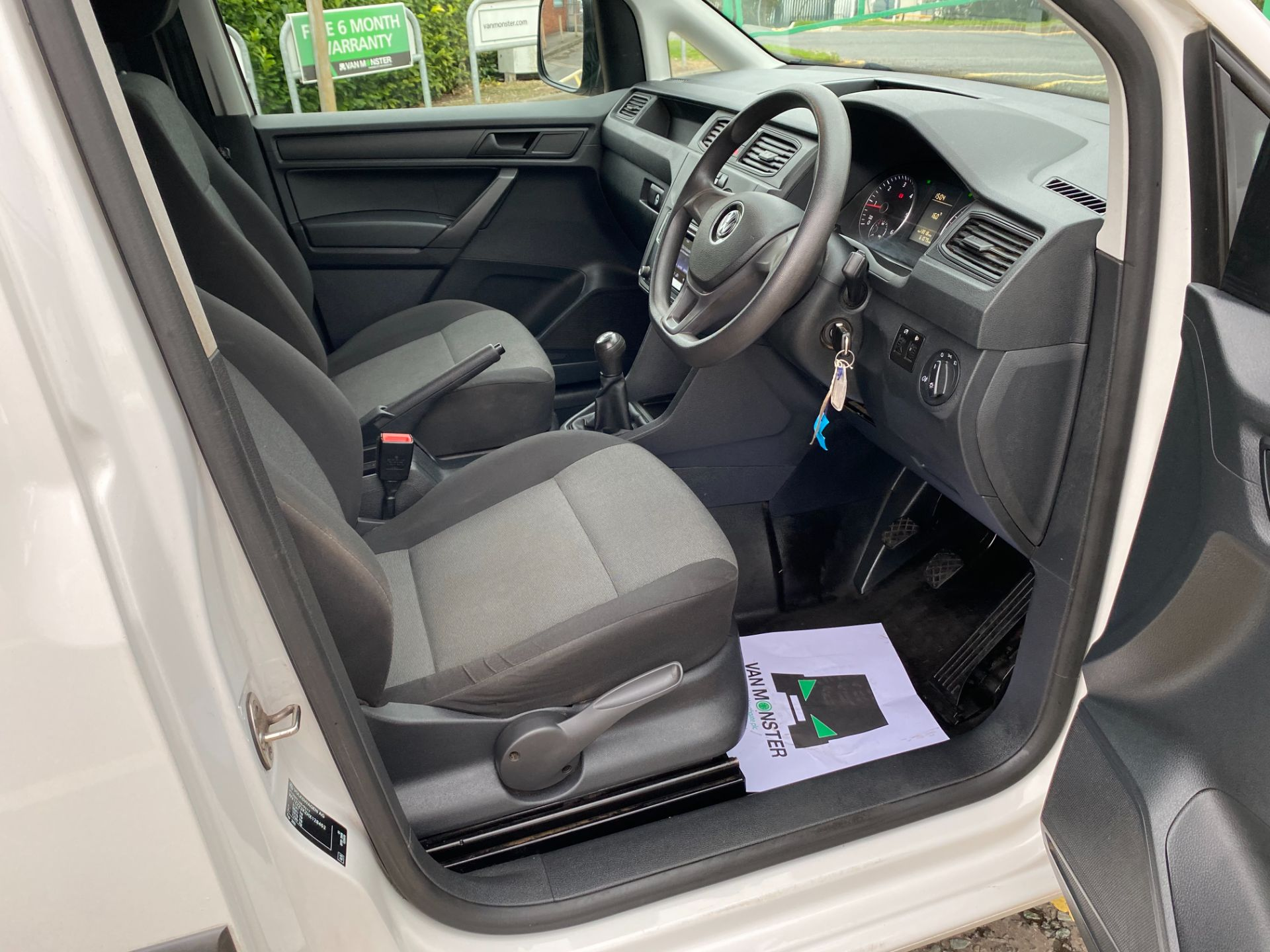 2017 Volkswagen Caddy 2.0 Tdi Bluemotion Tech 102Ps Startline Van (GL17HJJ) Image 15